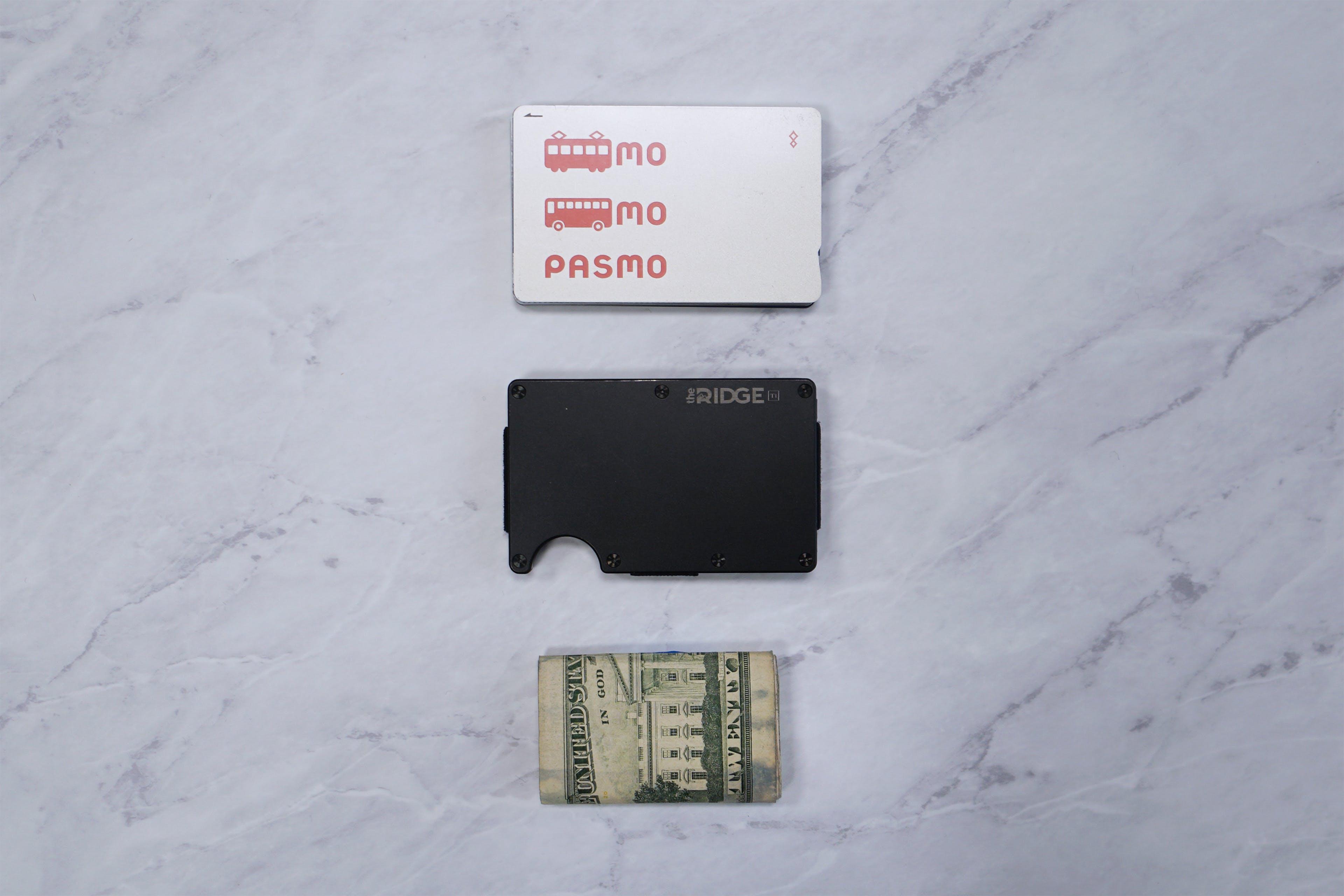 The Ridge Wallet Items Layout