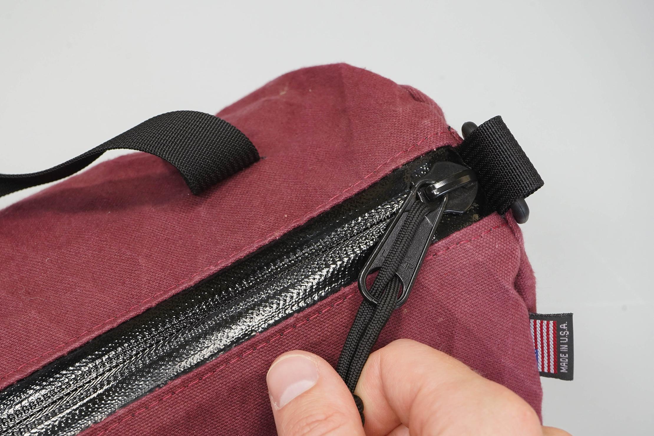 North St. Bags Scout 6L Duffle Zipper