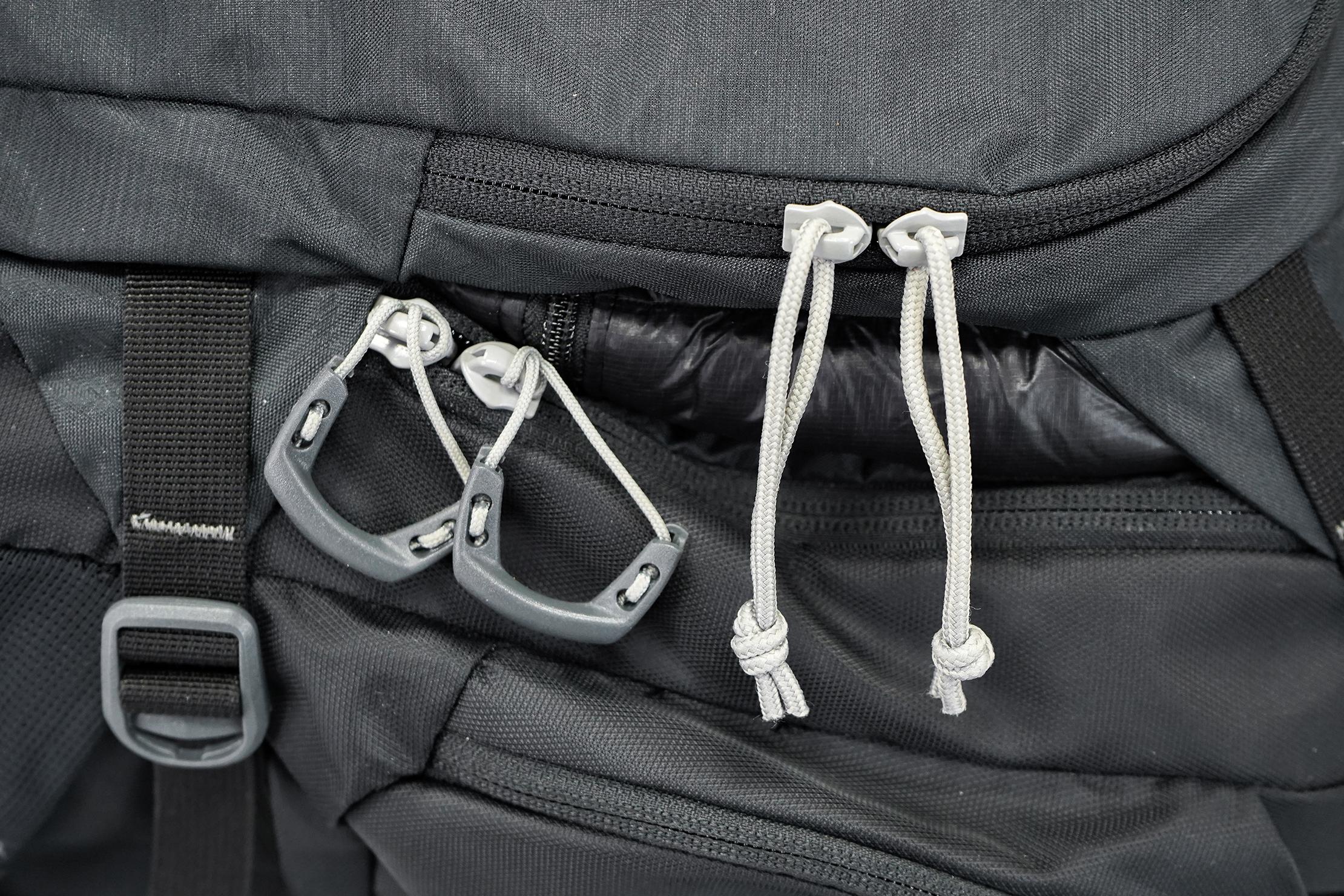 Kelty Redwing 40 Zipper Pulls