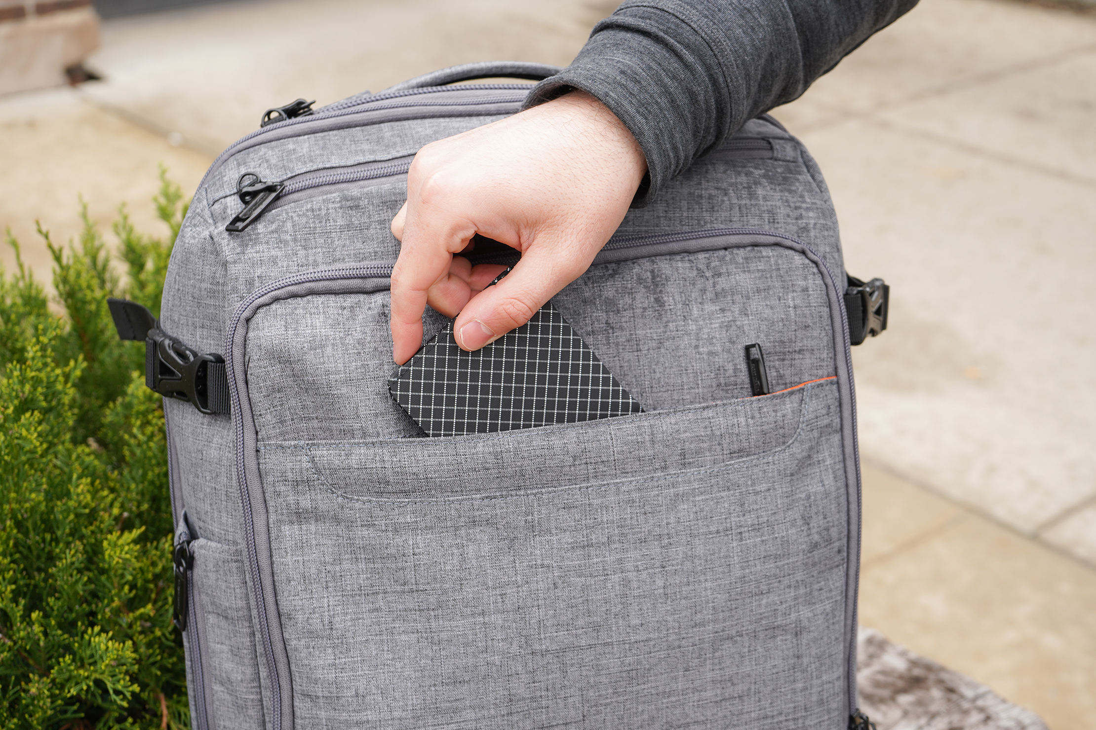 AmazonBasics Slim Travel Backpack Weekender Front Quick-Grab Pocket