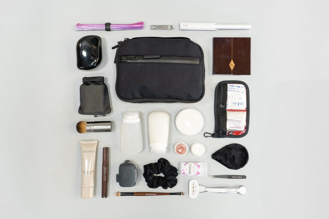 Digital Nomad Packing List Women's Focused Toiletries and Personal Care