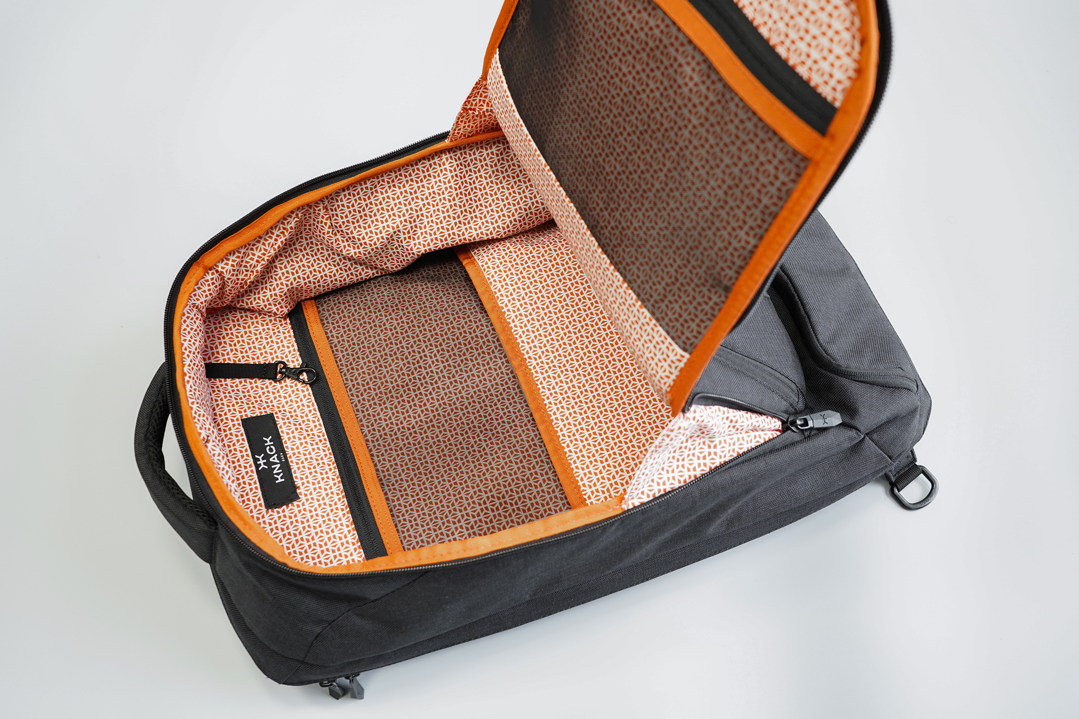 Knack Large Expandable Pack Front Compartment