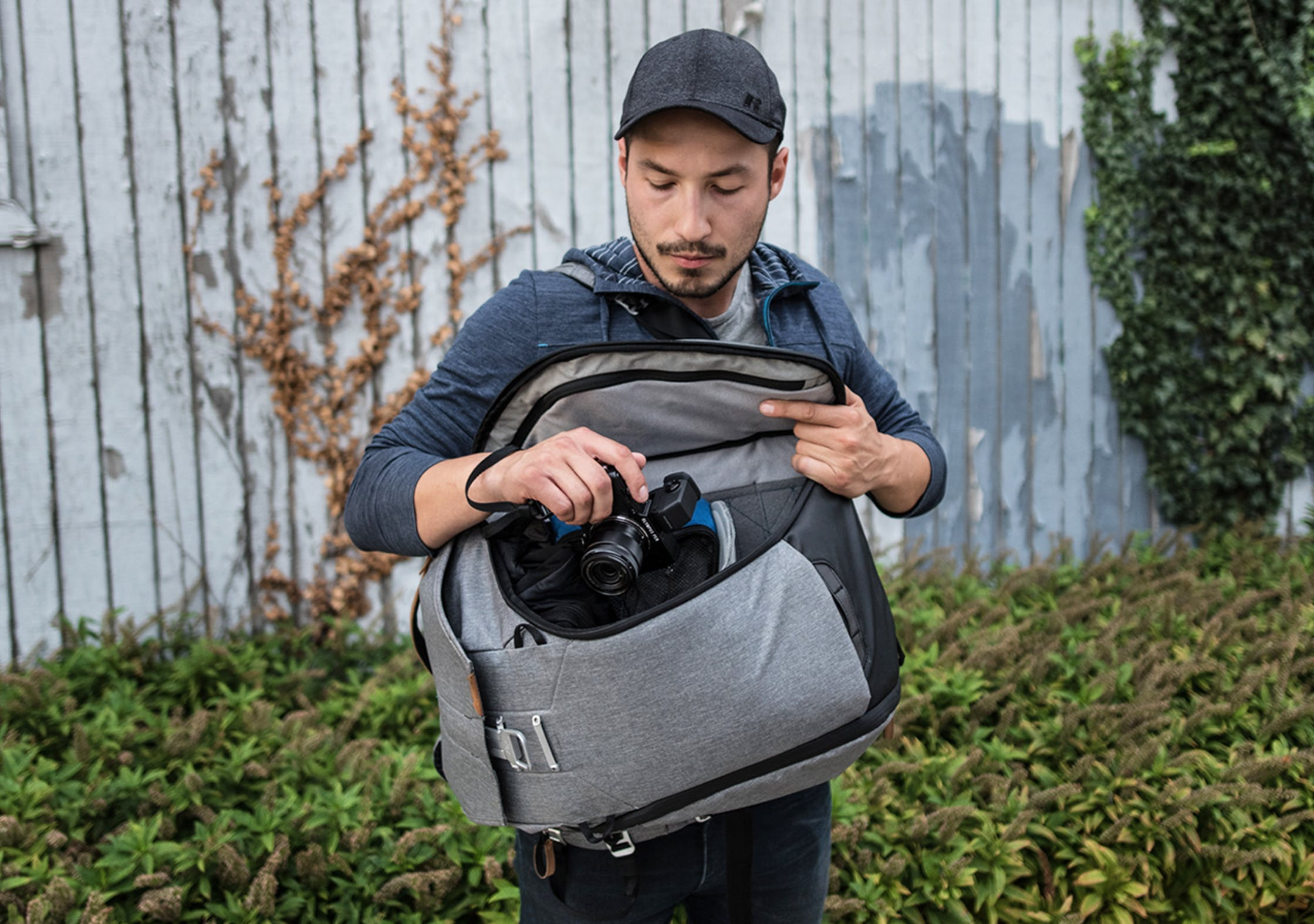 Taking A Camera Out Of The Peak Design Everyday Backpack