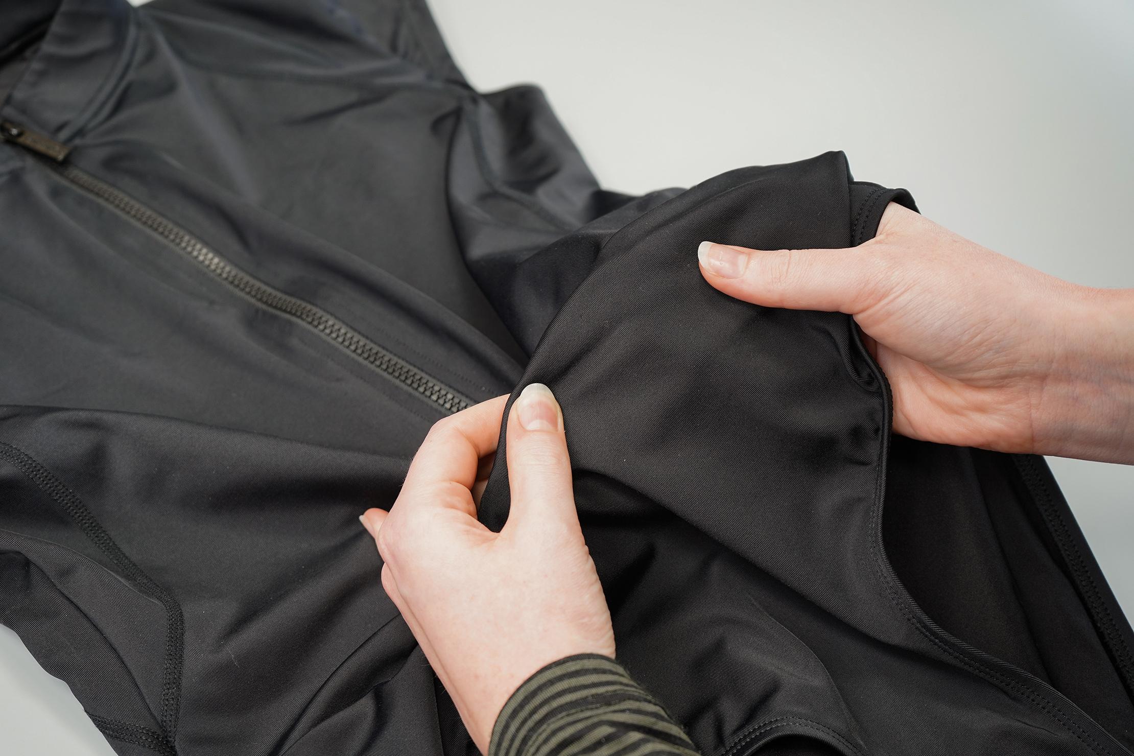Une Piece Original Sexie Rashie Cap Sleeve Fabric