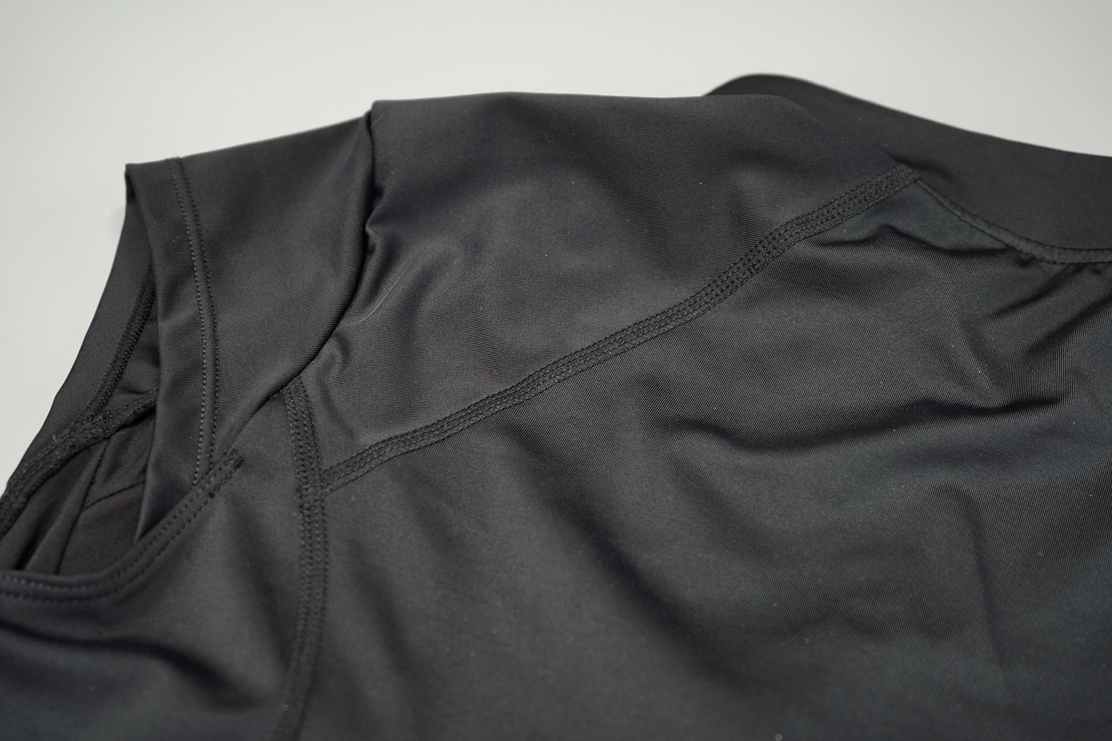 Une Piece Original Sexie Rashie Cap Sleeve Stitching