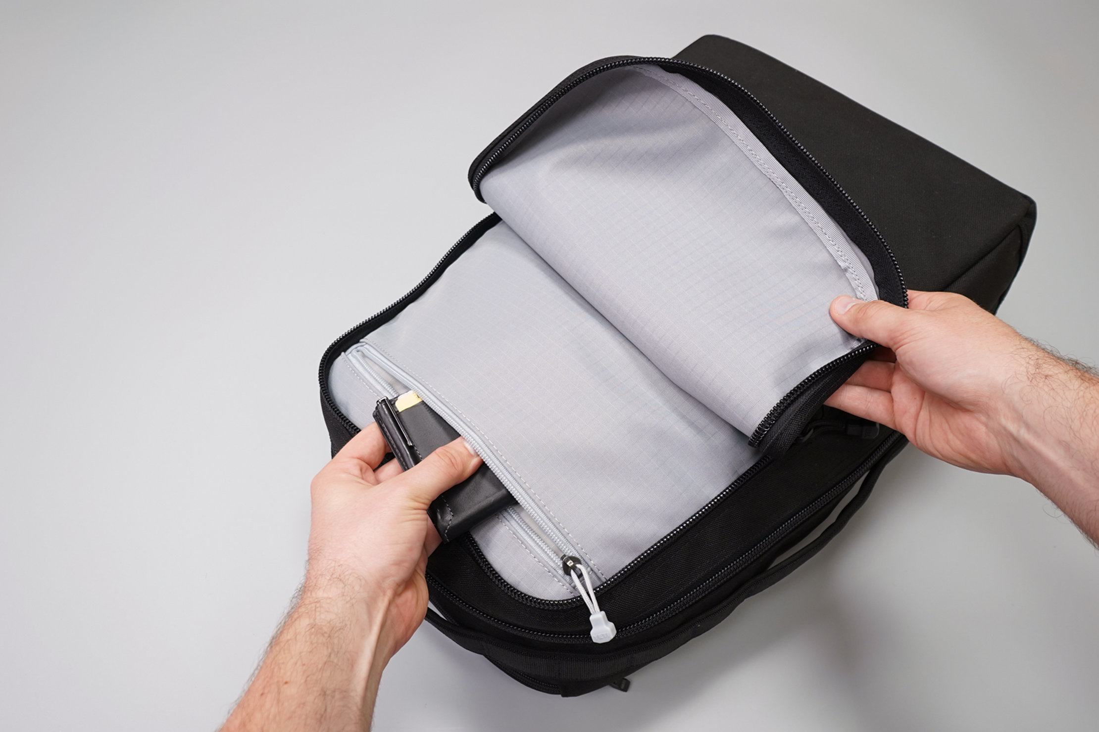 YETI Tocayo Front Pocket Interior Zipper