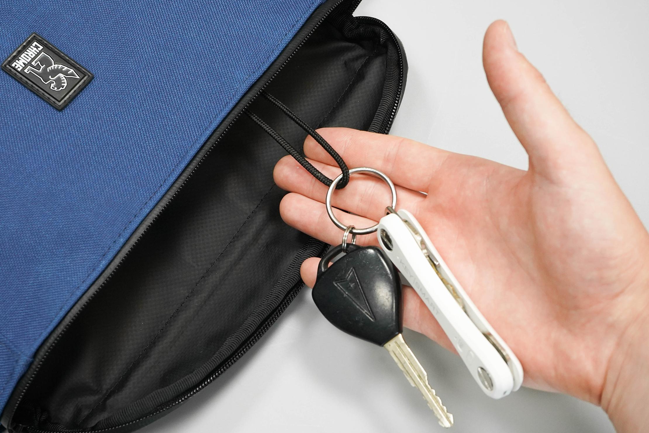 Chrome Cardiel Shank Key Ring