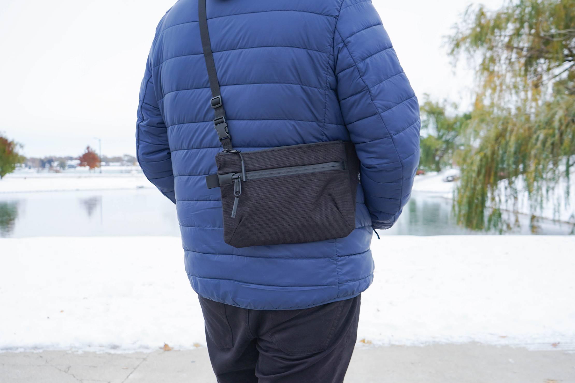 Aer Sling Pouch Back Carry