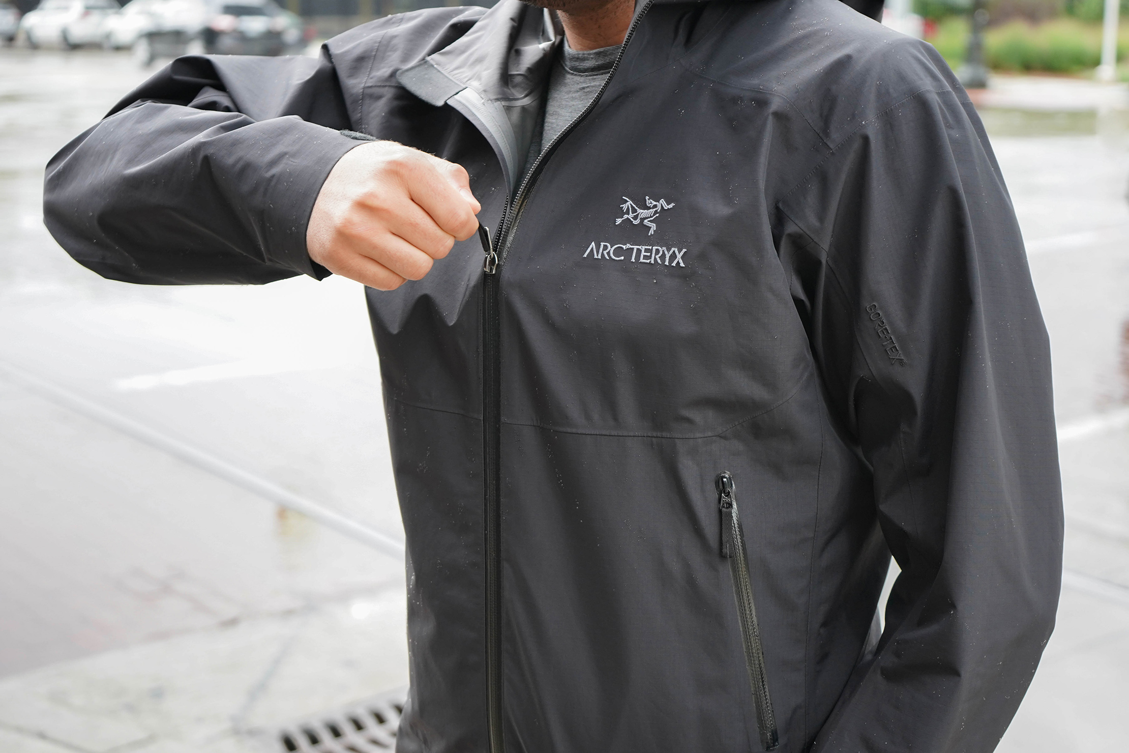 Arc'teryx Zeta SL Jacket Zipped Up