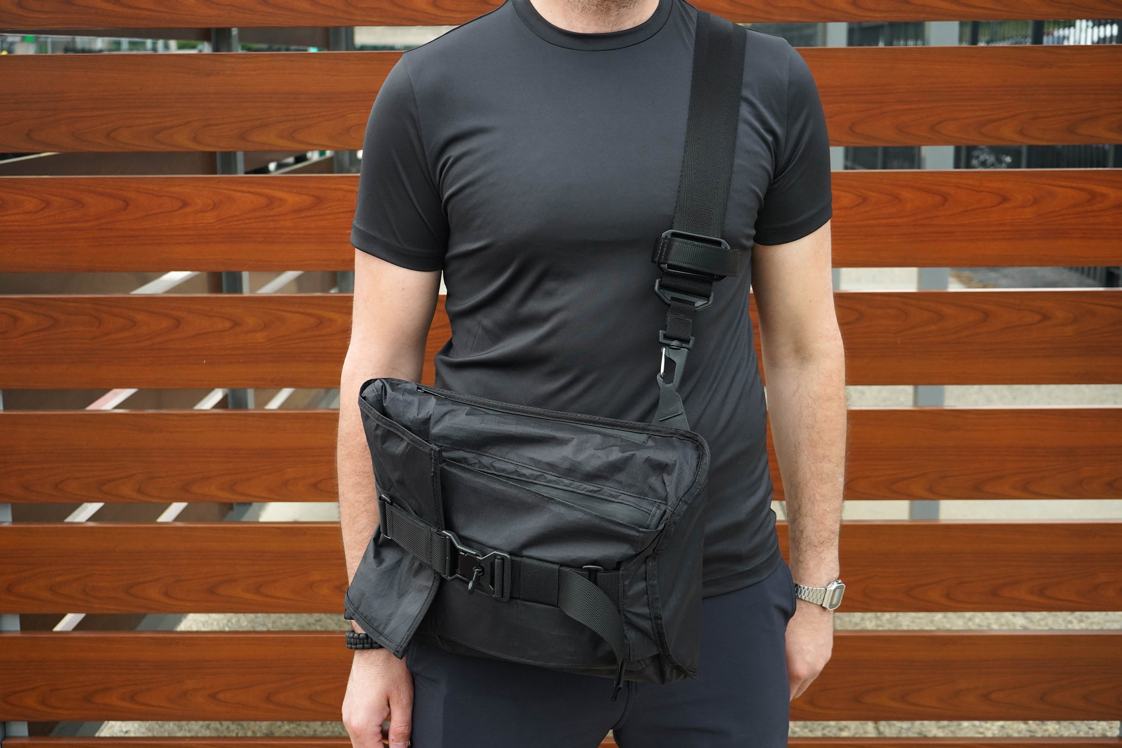 Mission Workshop Spar Messenger Carry