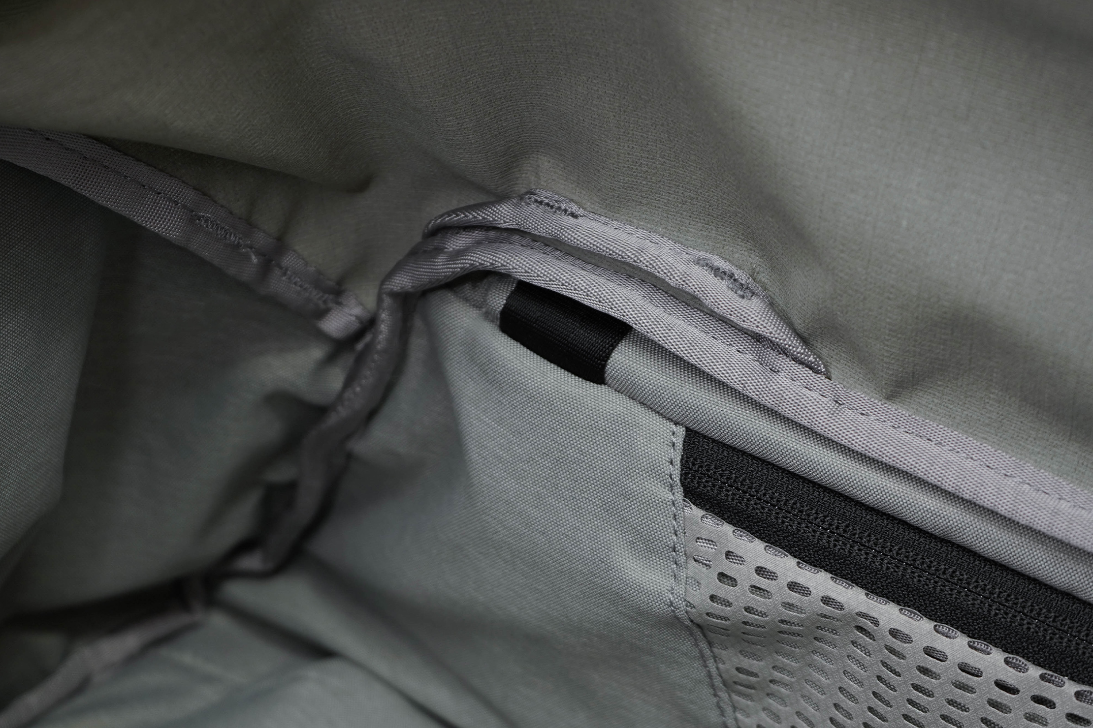 Peak Design Travel Duffel Side Pocket Inside Loop