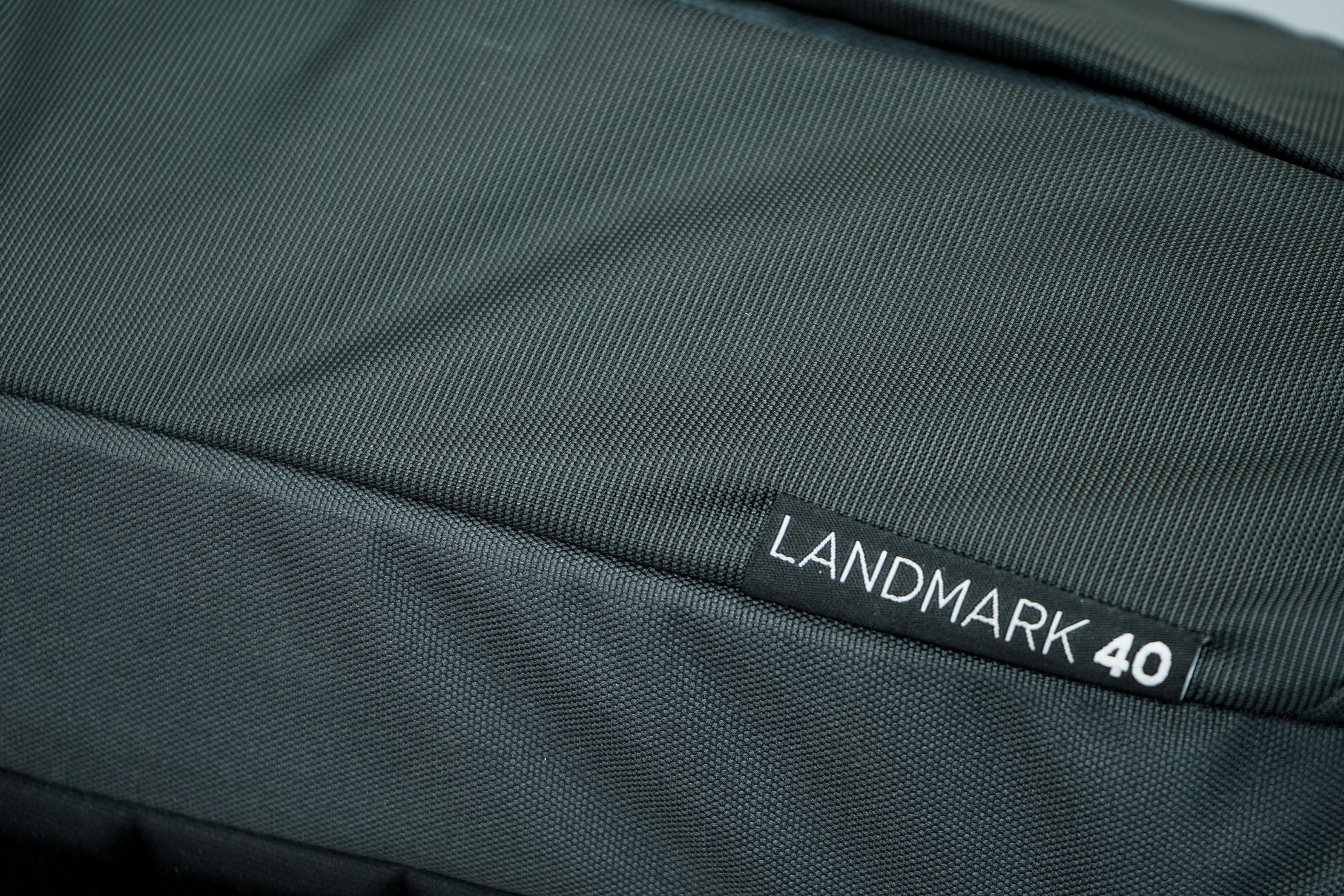 Thule Landmark 40L Material & Name Tag