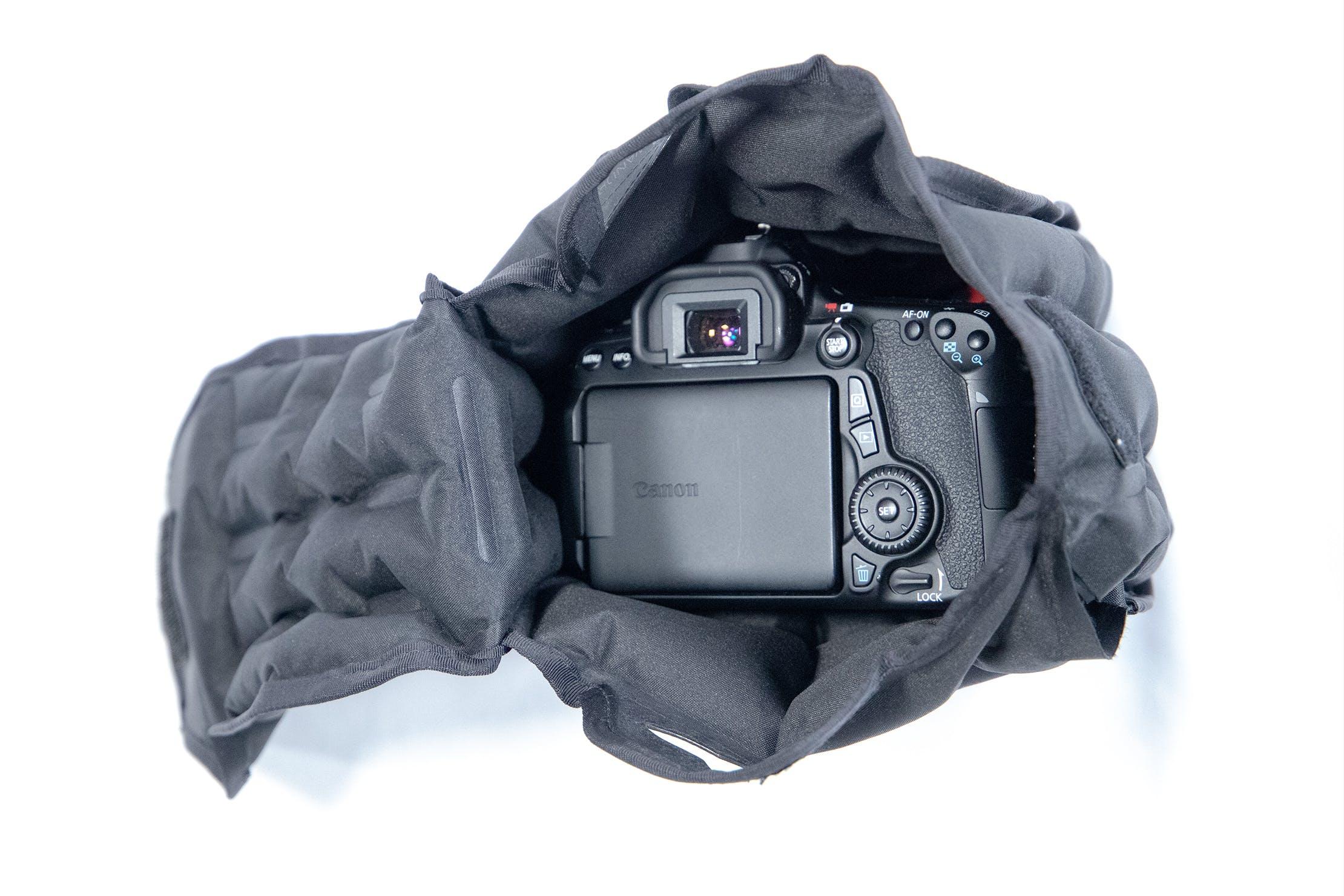 WANDRD VEER Camera Cube with Camera