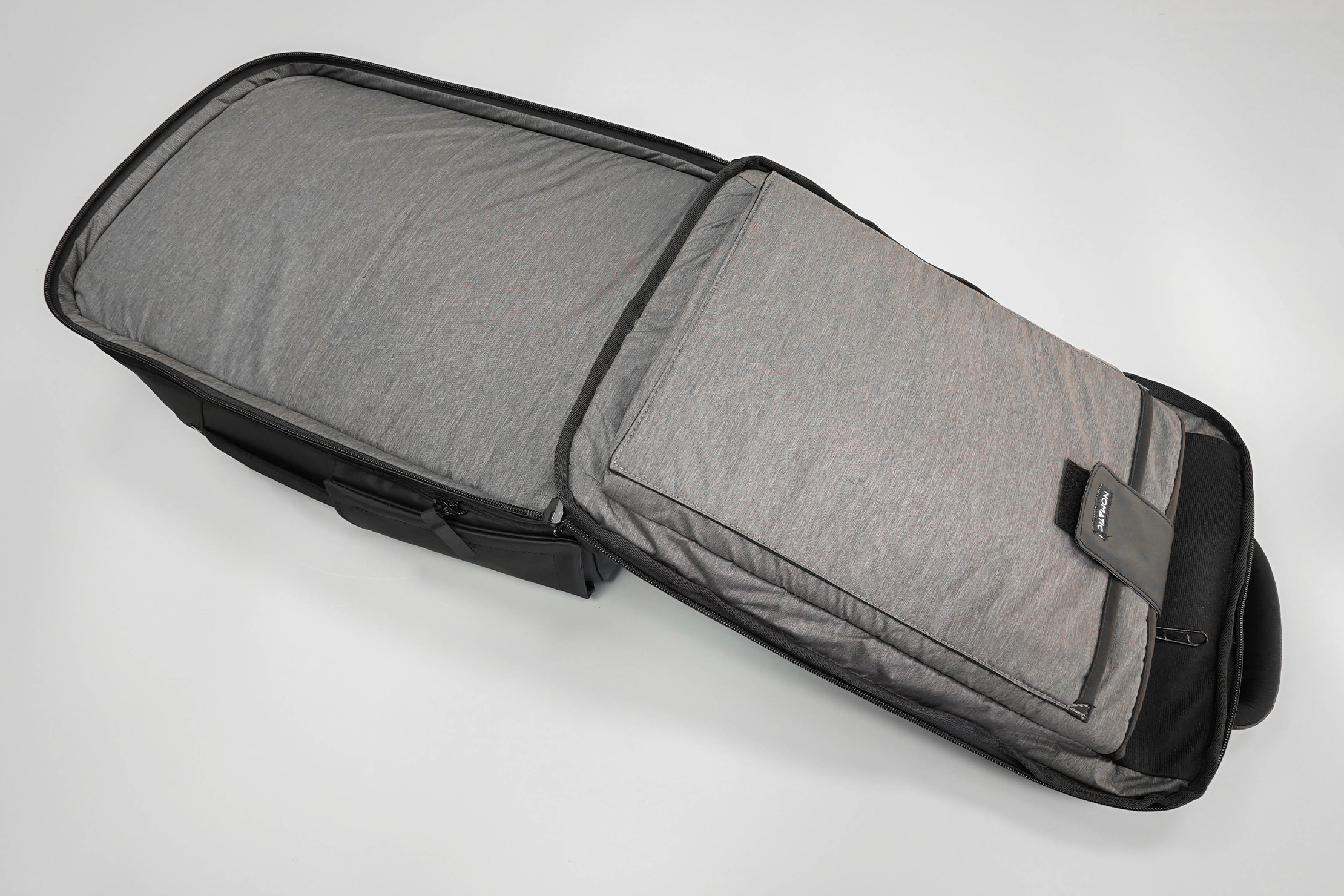 NOMATIC Travel Pack Laptop Compartment Open Clamshell