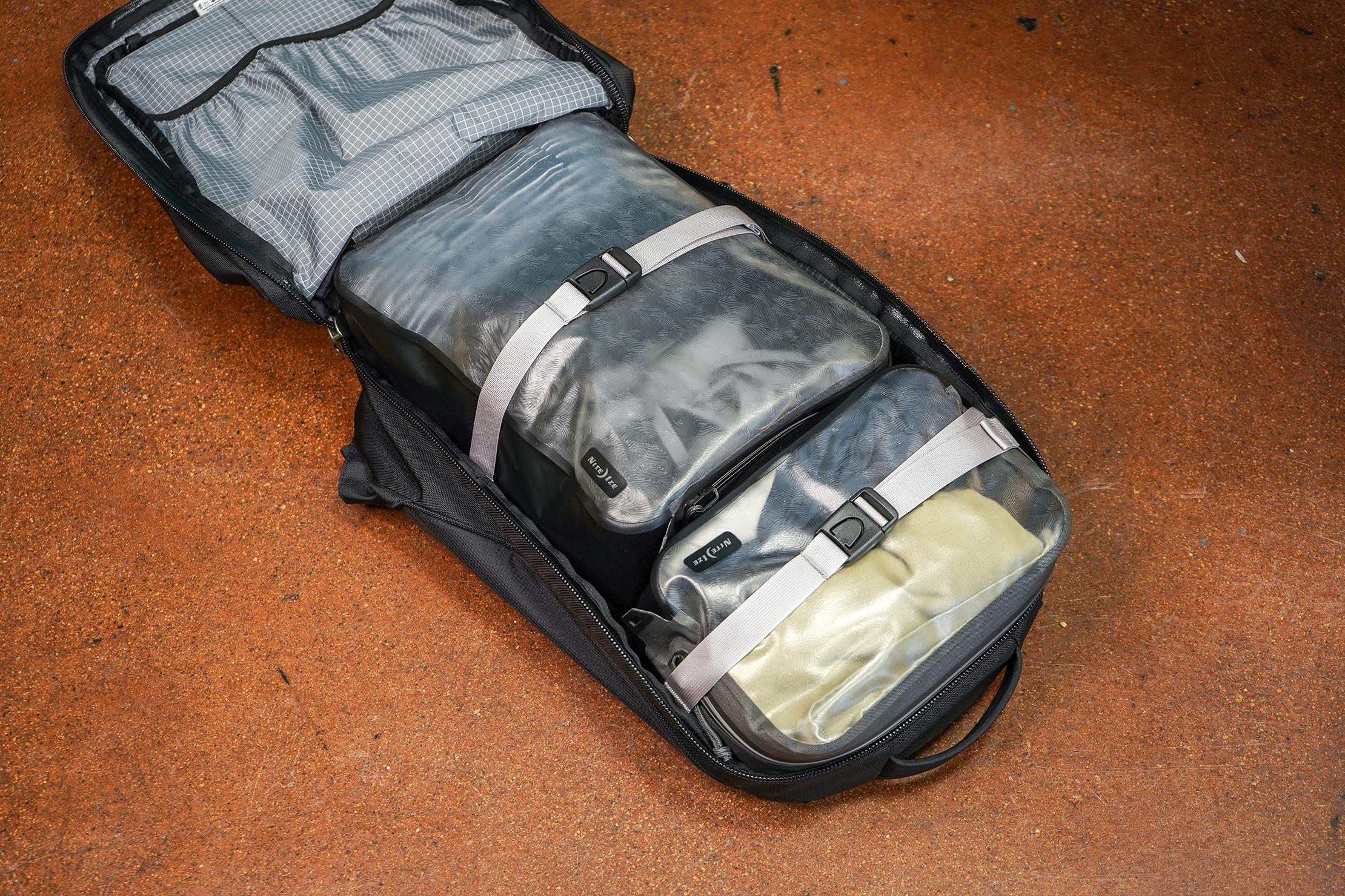 Nite Ize RunOff Waterproof Packing Cubes In Bag