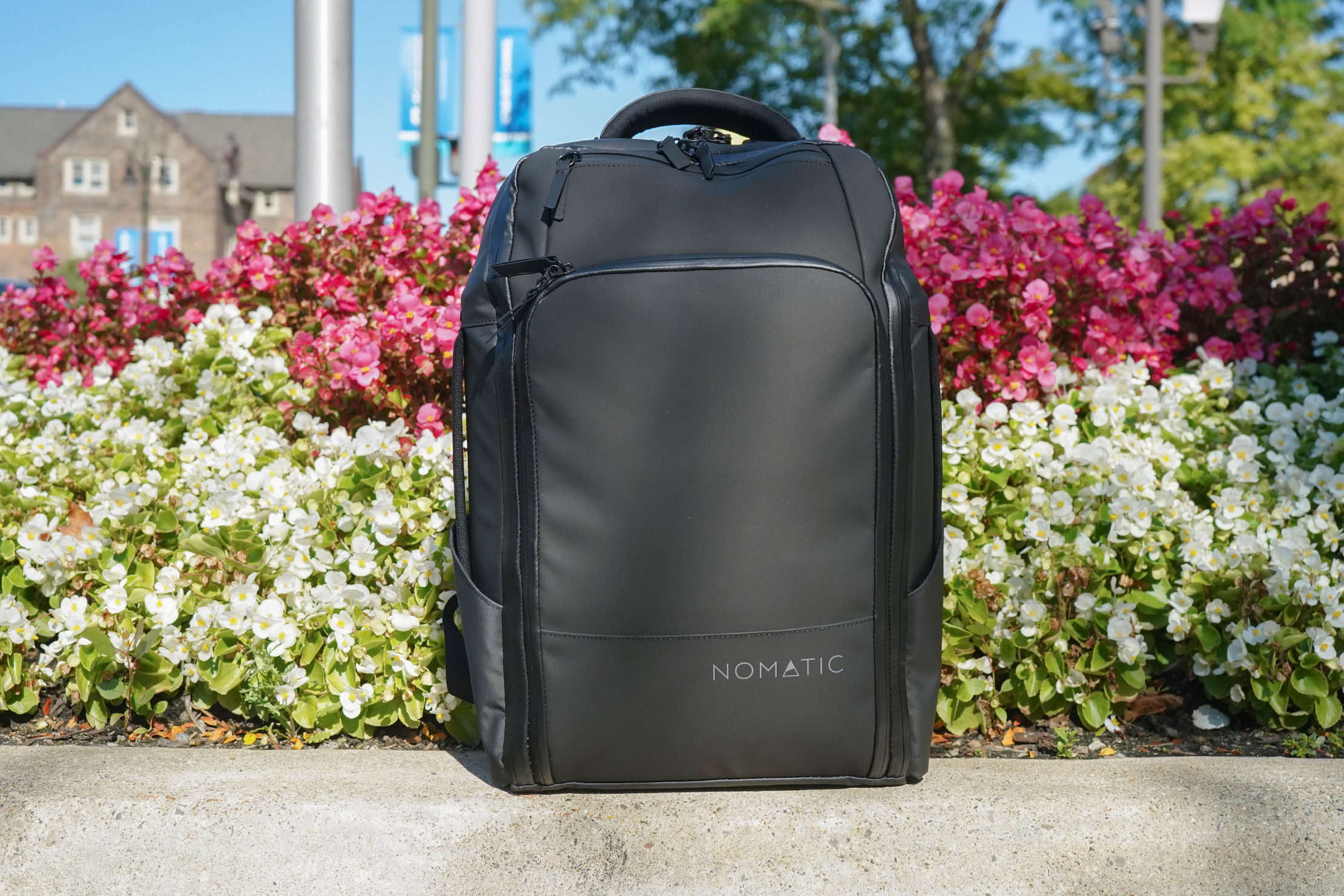 NOMATIC Travel Pack Standing Up