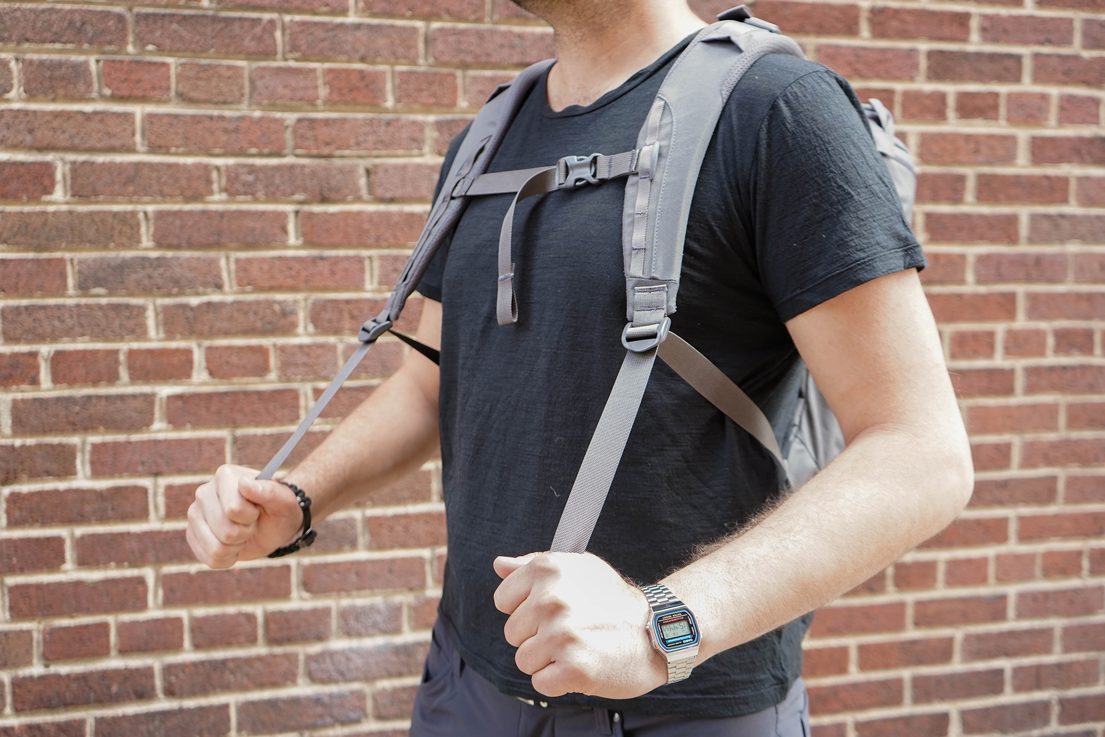 Mystery Ranch Urban Assault 24 Shoulder Straps In Use