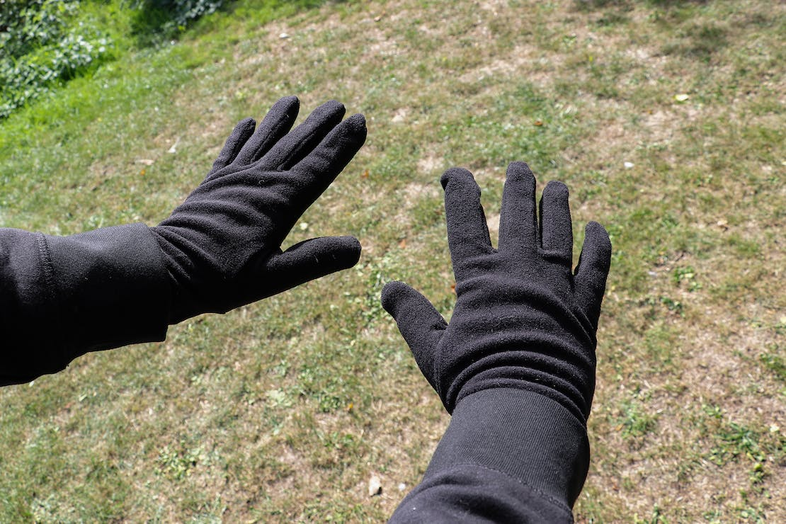 Quechua Trek 100 Fleece Liner Gloves In Essex, England