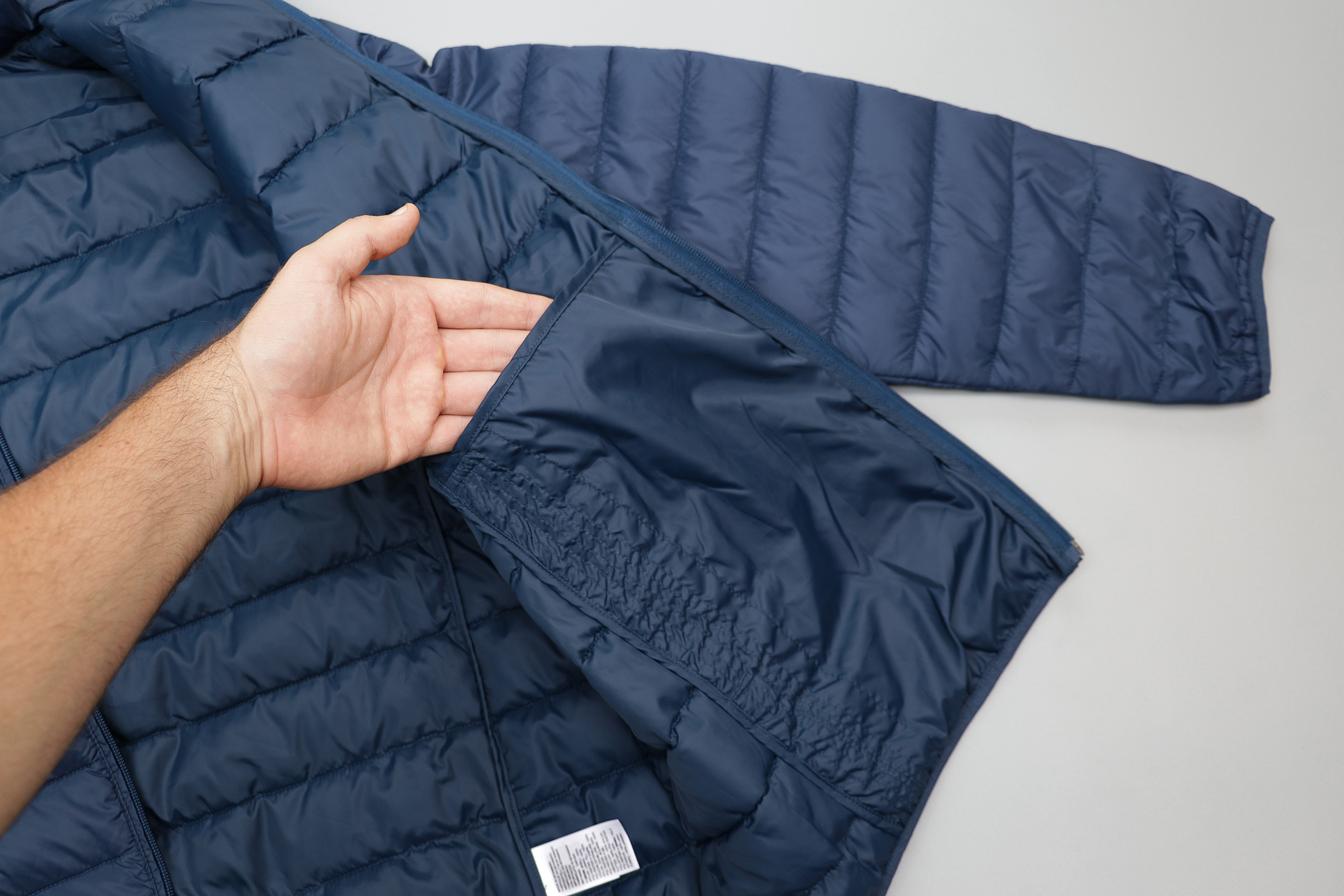 Amazon Essentials Packable Puffer Jacket Interior Pocket