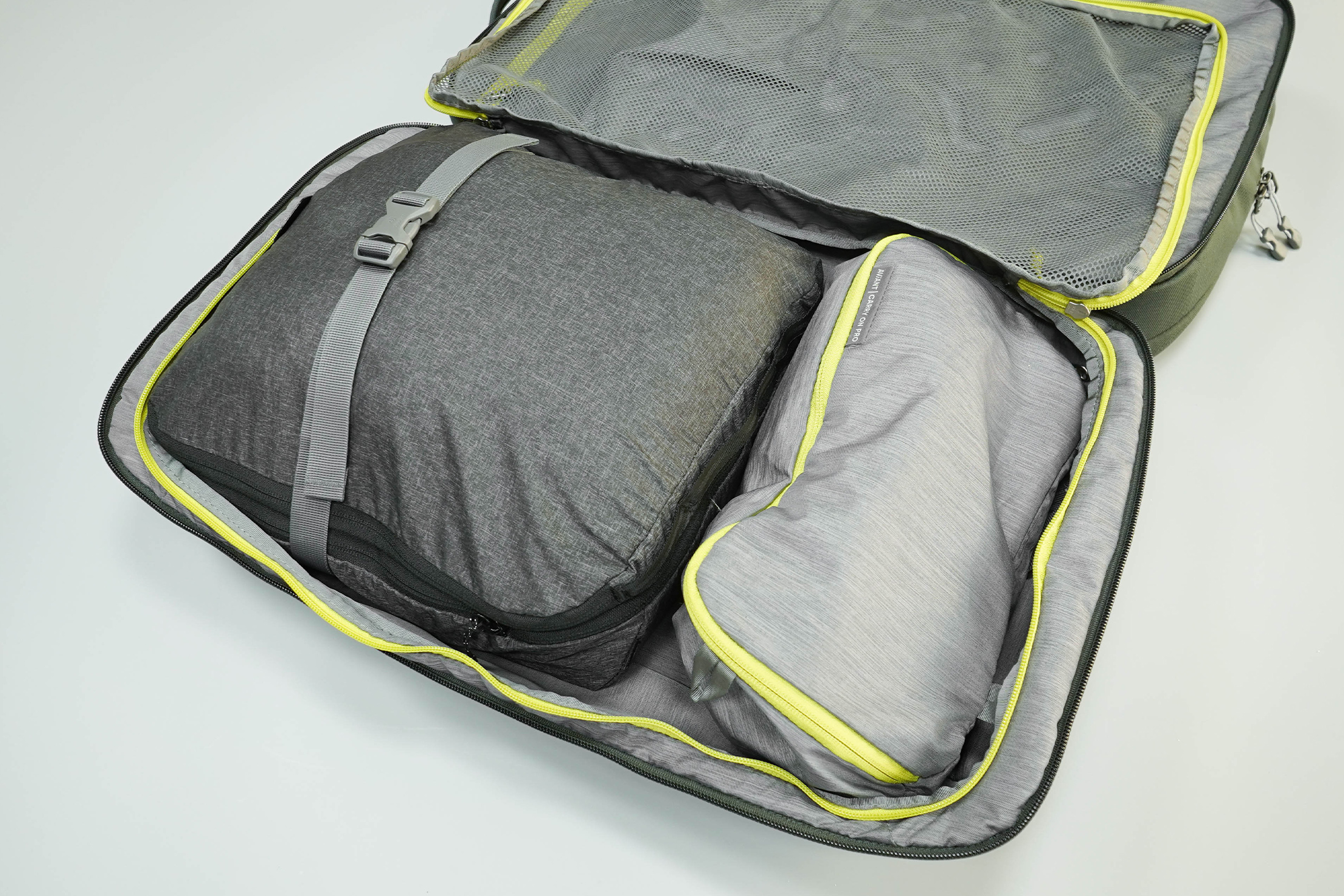 Deuter AViANT Carry On Pro 36 Main Compartment Packed