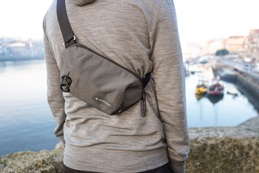 How To Choose The Best Sling Bag For You