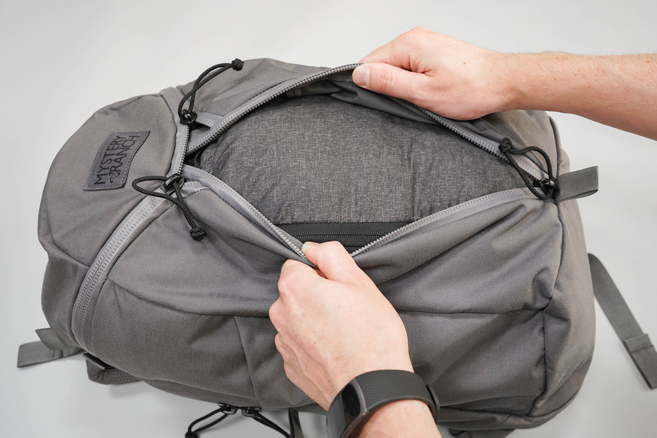 Mystery Ranch Urban Assault 24 Duffle-Style Opening
