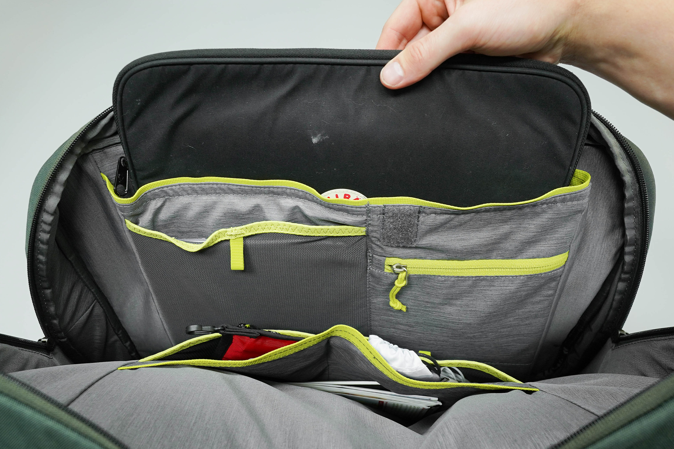 Deuter AViANT Carry On Pro 36 Laptop Compartment