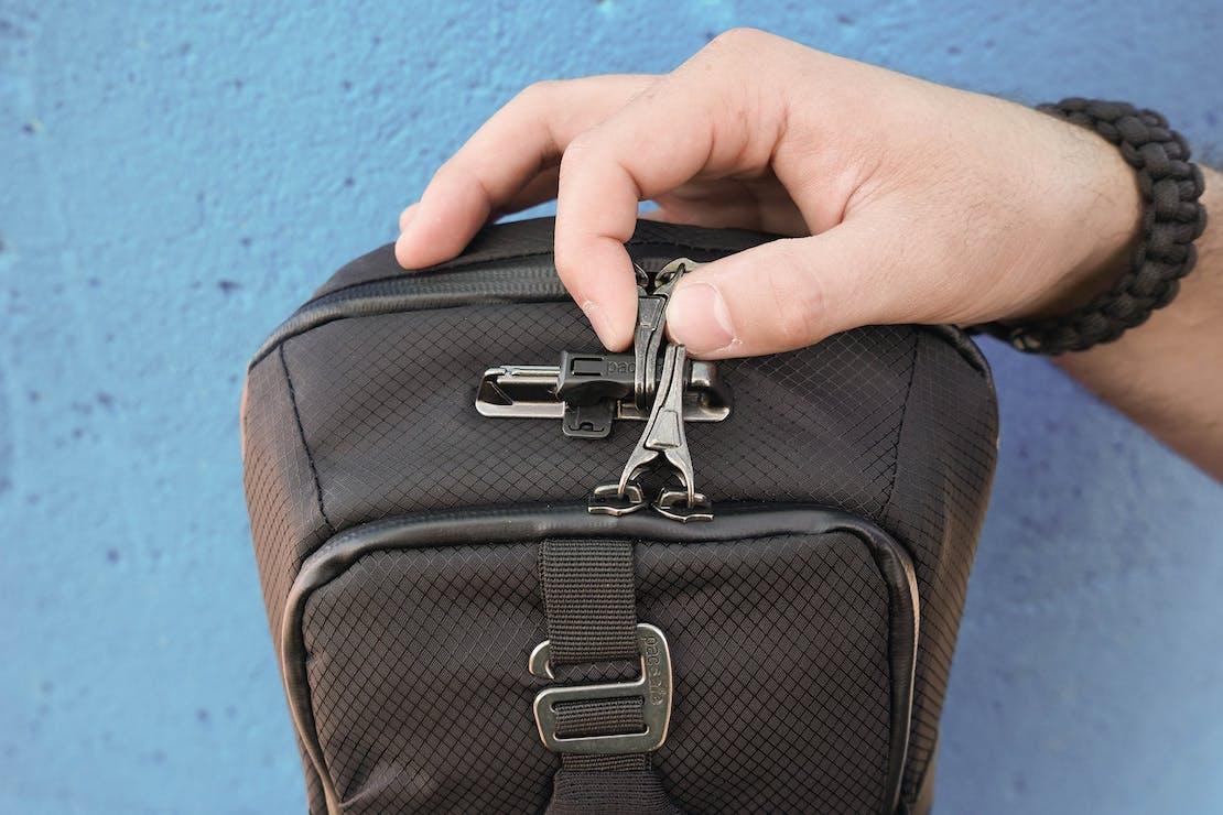 PacSafe Venturesafe X Anti-Theft Sling Pack Zippers