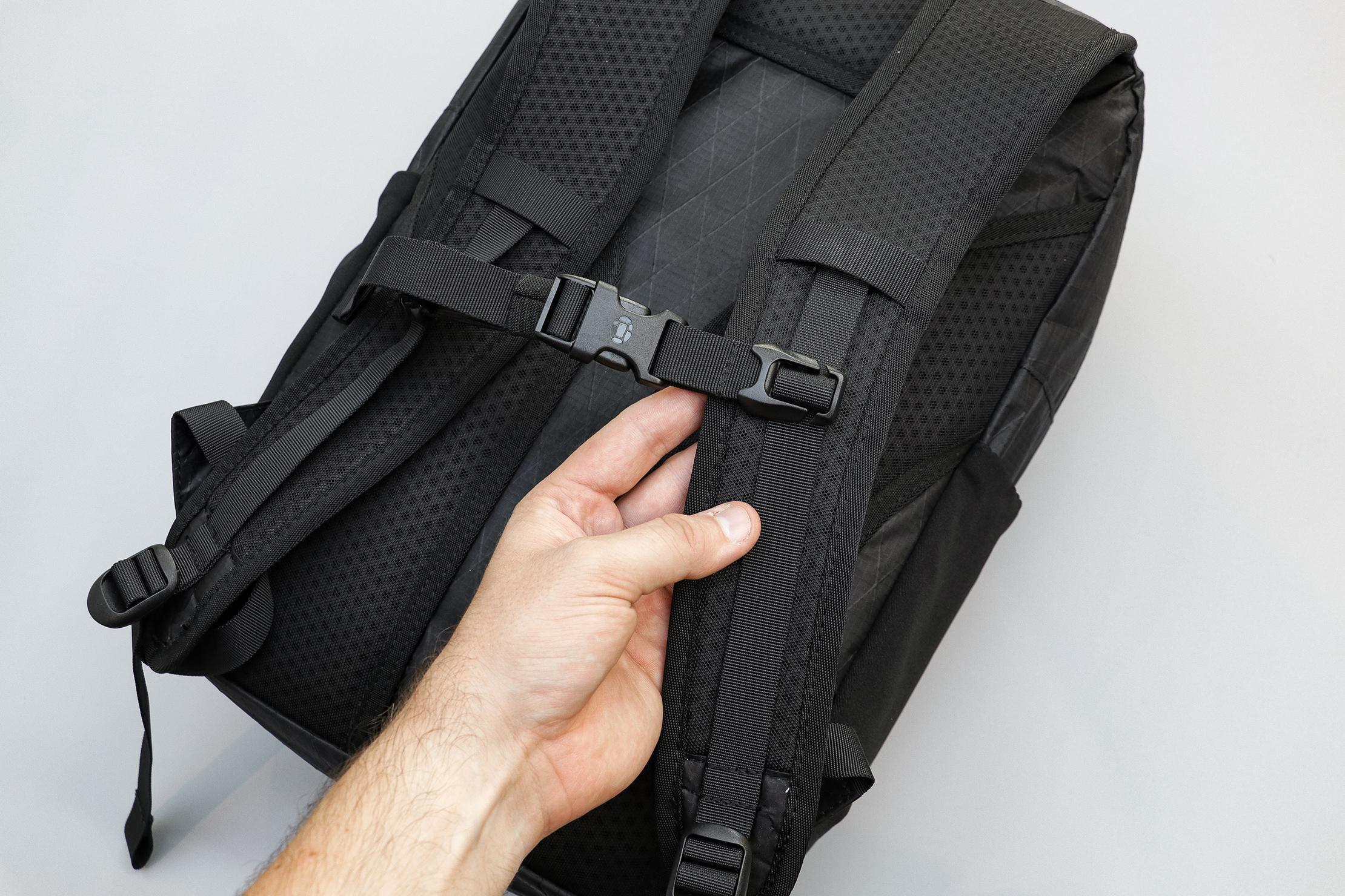 Tortuga Outbreaker Daypack Shoulder & Sternum Strap
