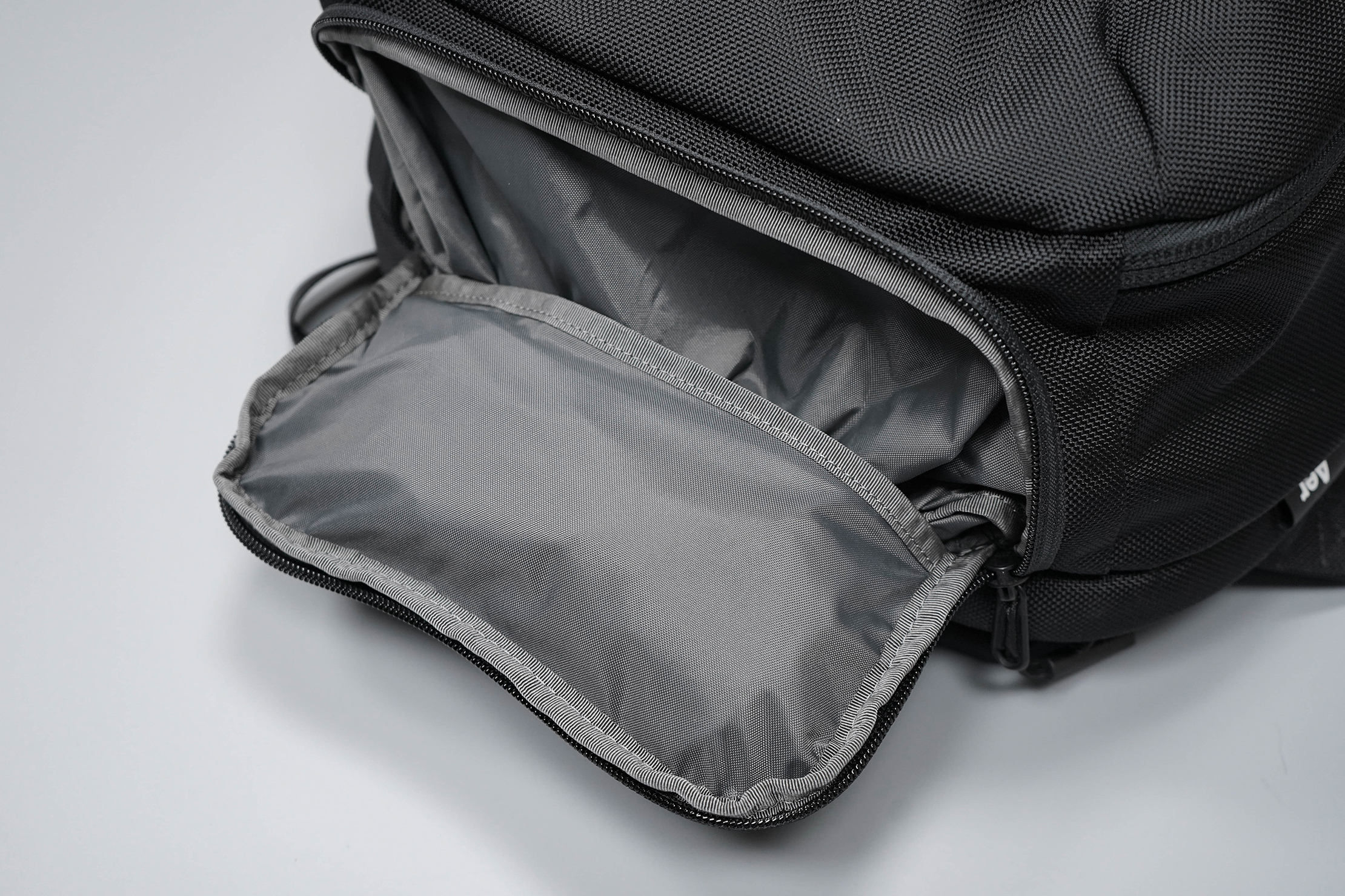 Aer Travel Pack 2 Small Shoe Bag Packed
