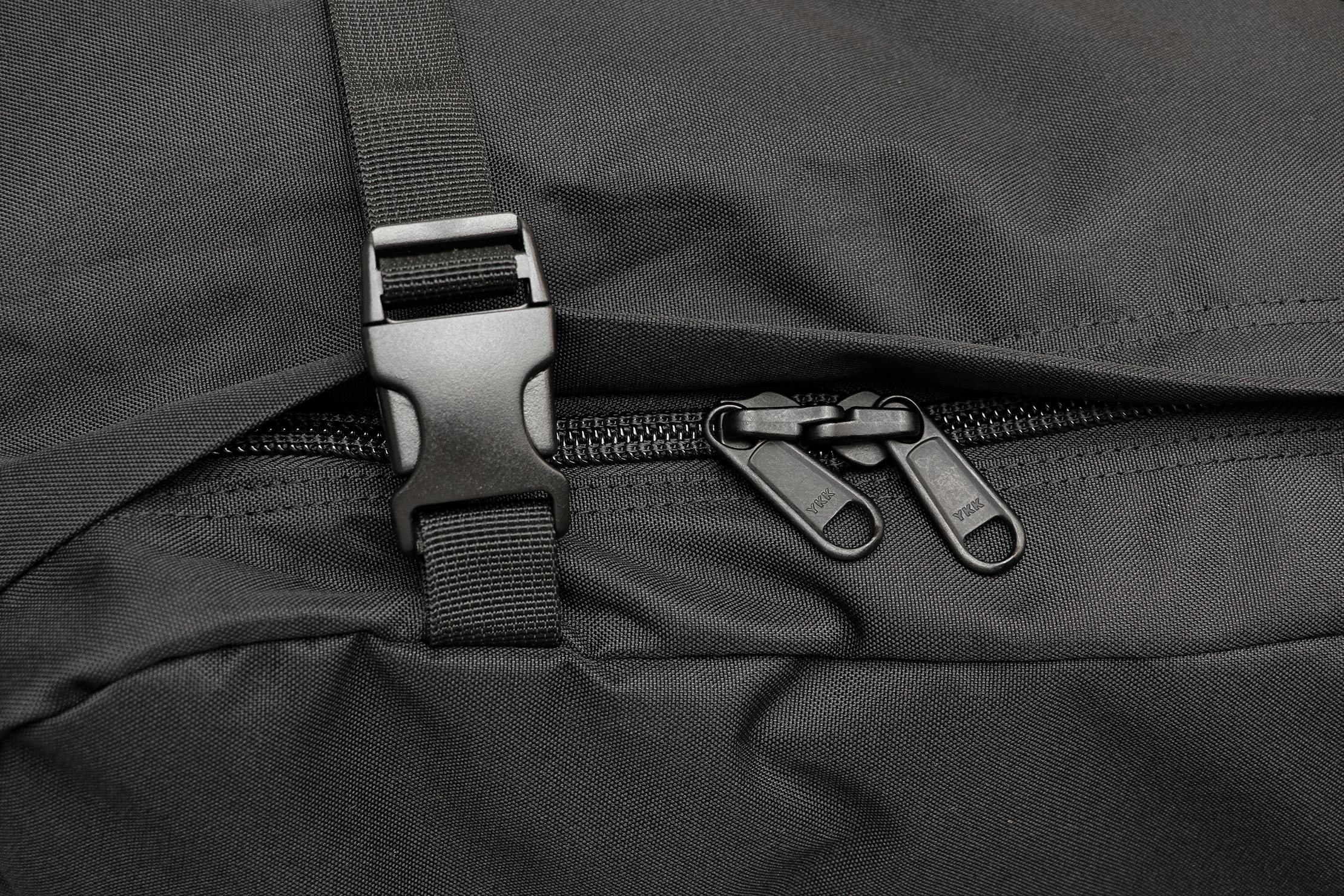 CabinZero Classic Travel Backpack Zippers & Buckles