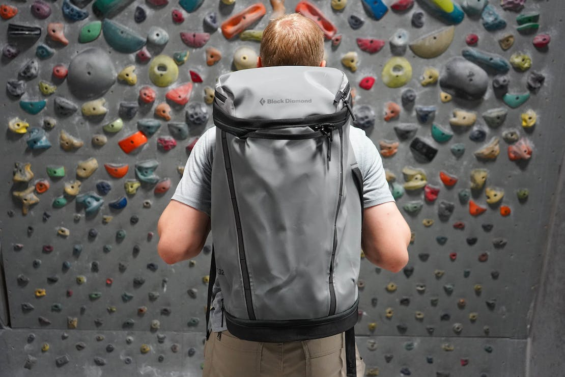 Black Diamond Creek Transit 32 Pack At The Climbing Gym
