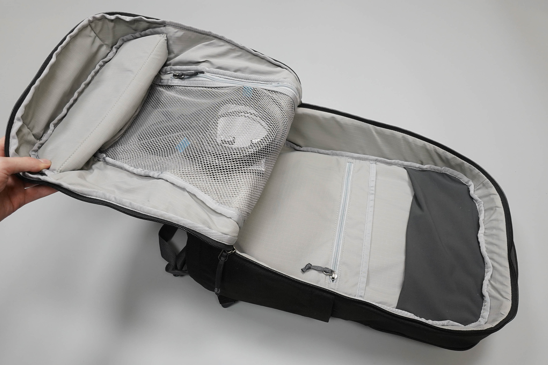 YETI Crossroads Backpack 23 Main Compartment