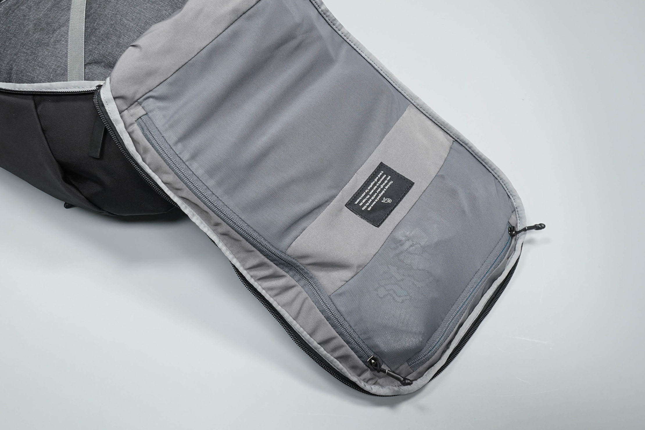 Bellroy Transit Backpack Mesh Pockets
