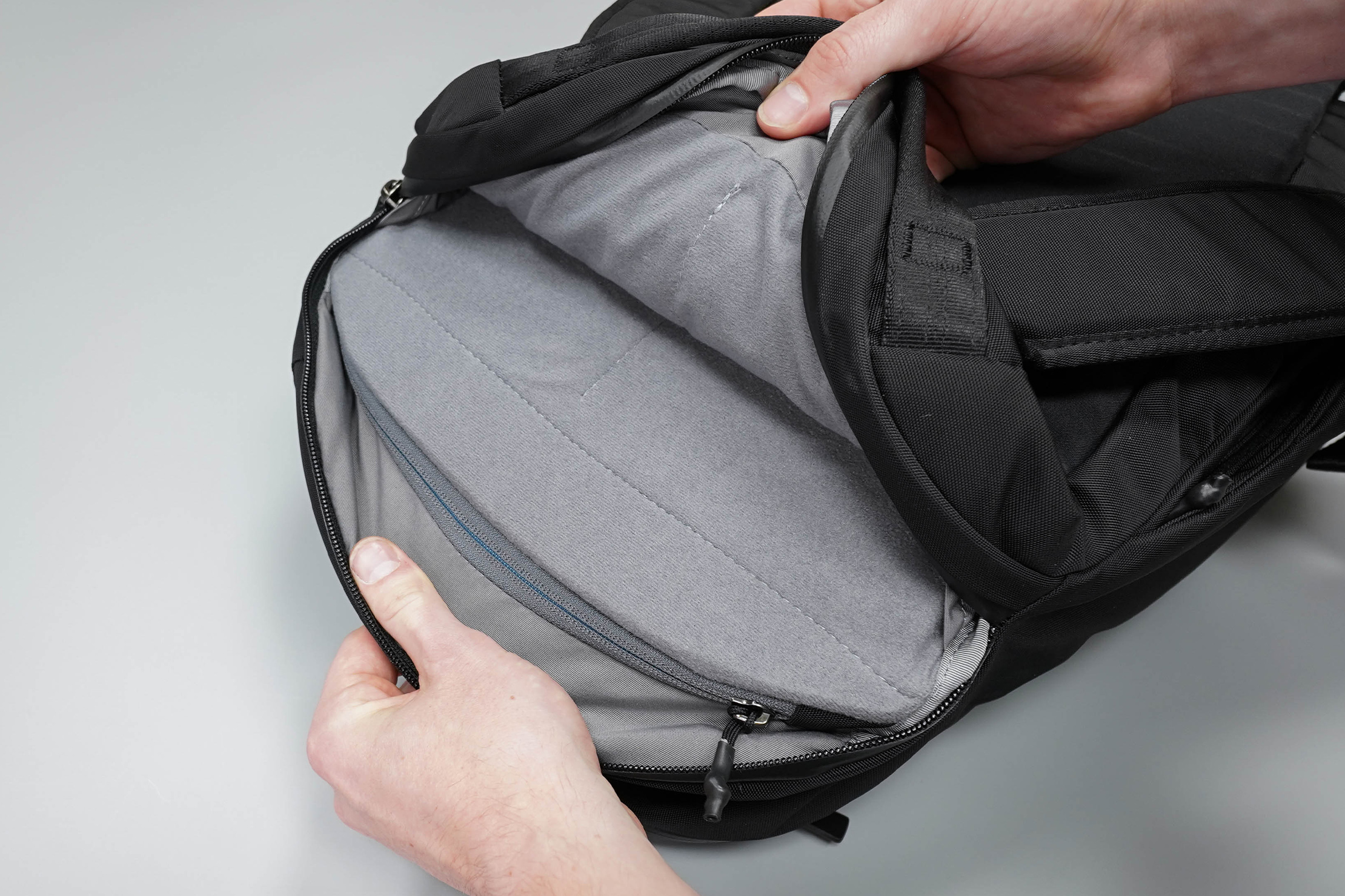 Bellroy Transit Backpack Laptop Compartment
