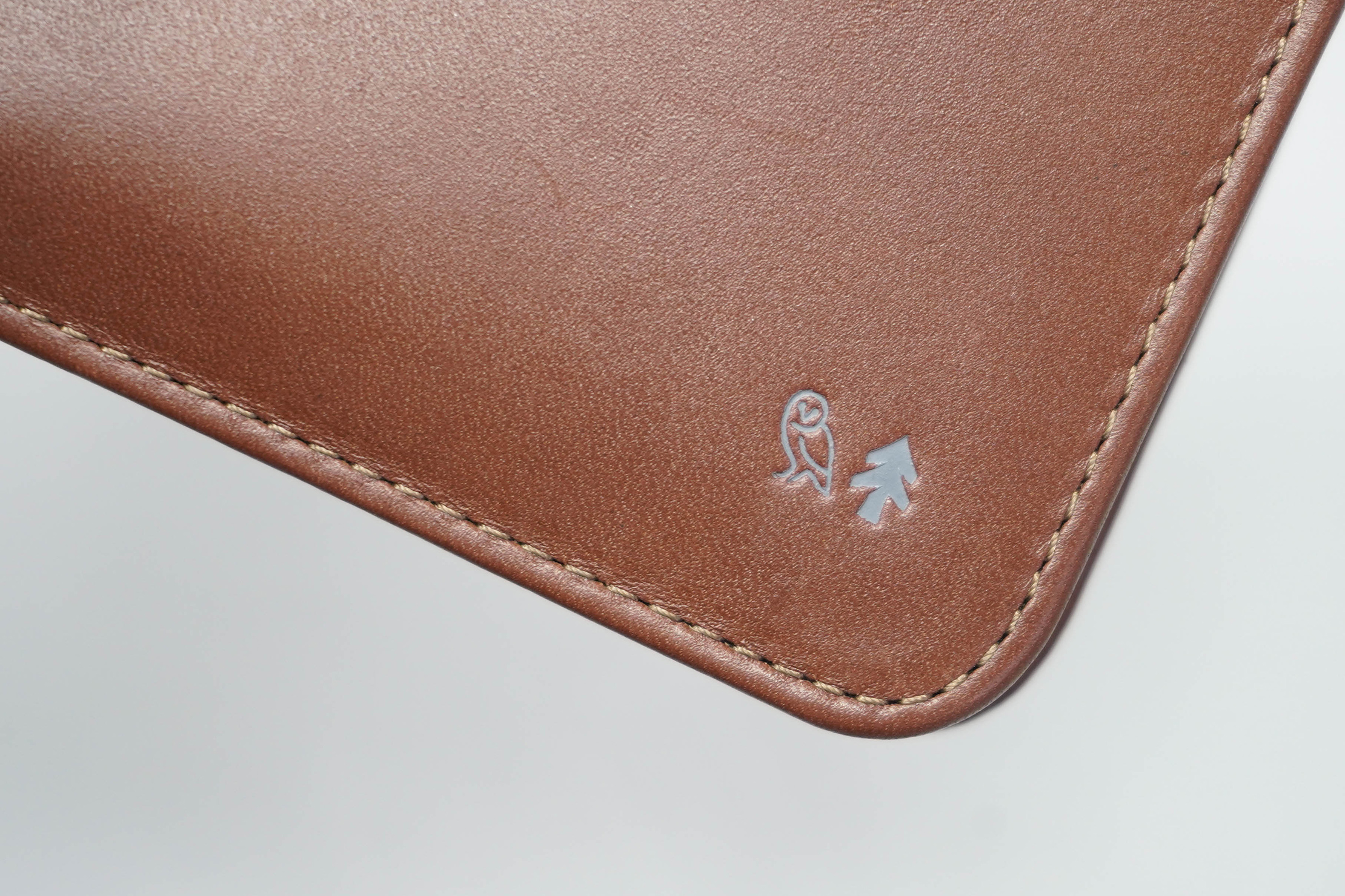 Bellroy Hide And Seek RFID Wallet Huckberry Exclusive Logos