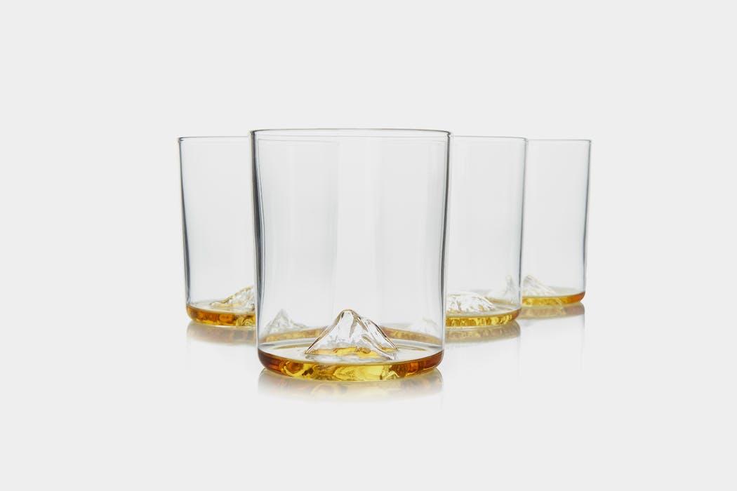 Whiskey Peaks International Mountains Rocks Glasses