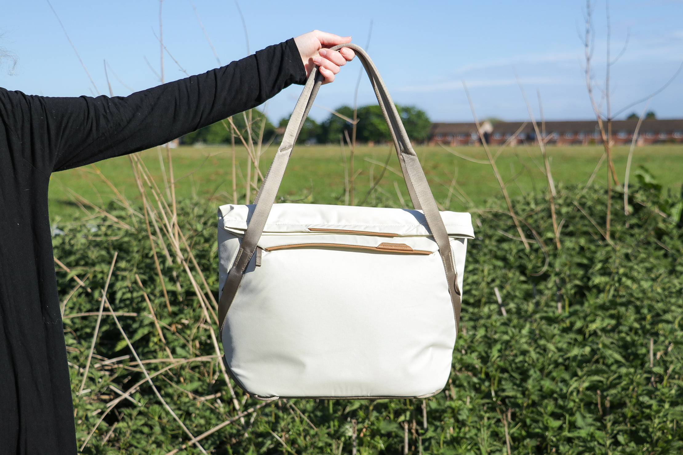 Peak Design Everyday Tote 15L V2 In Essex England