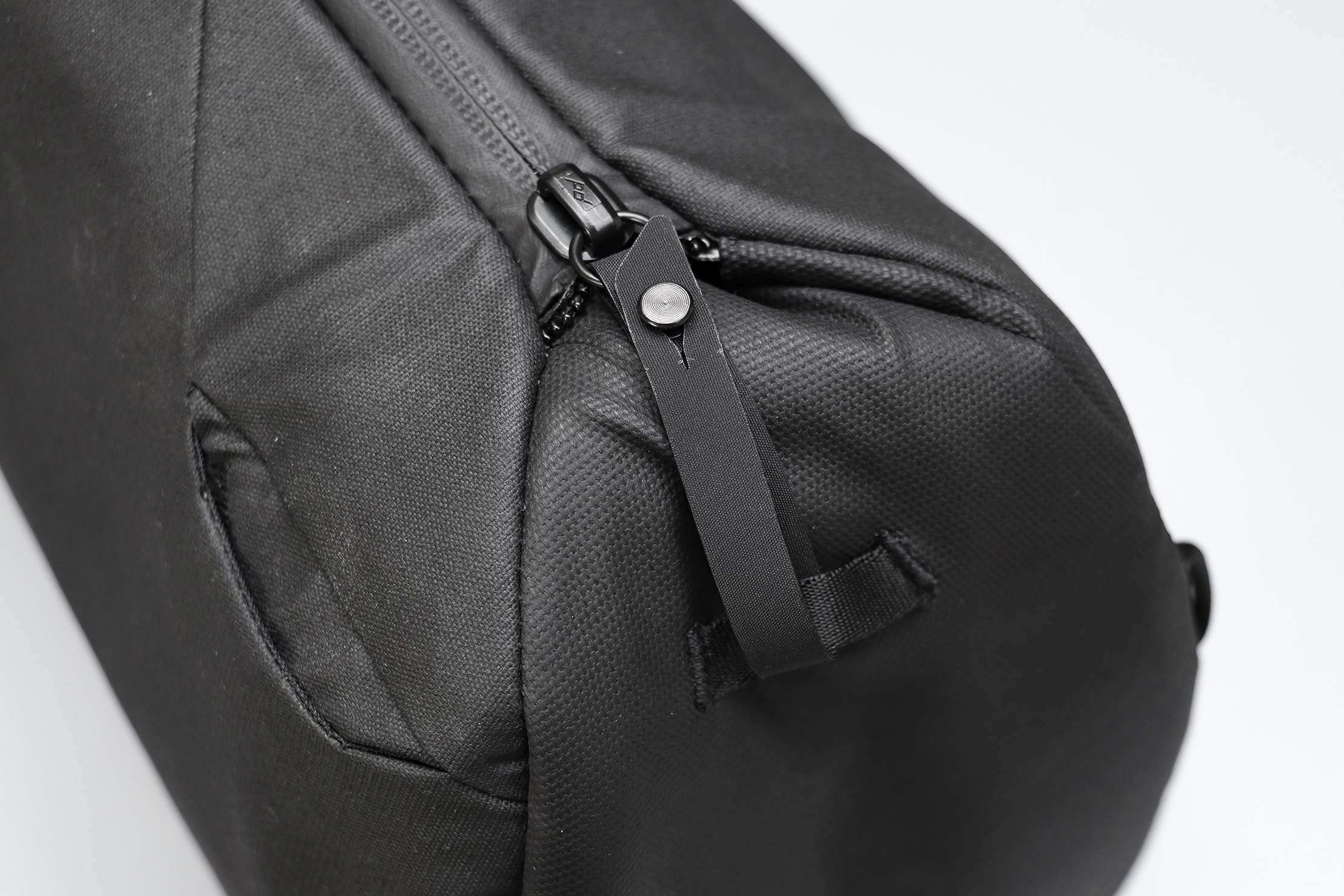 Peak Design Everyday Totepack V2 Zipper Security