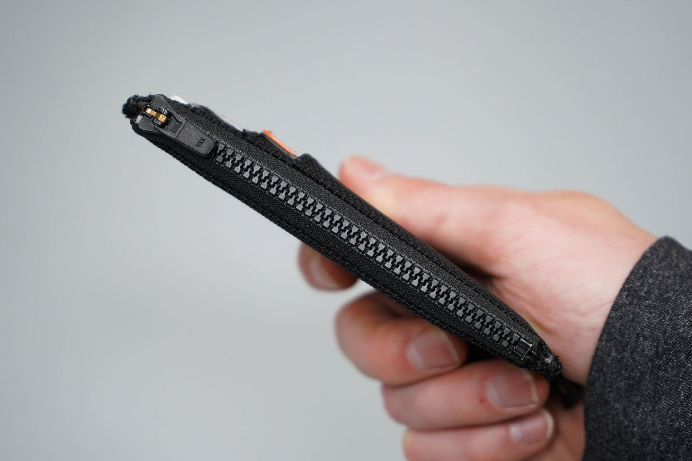 Aer Cardholder Zipper