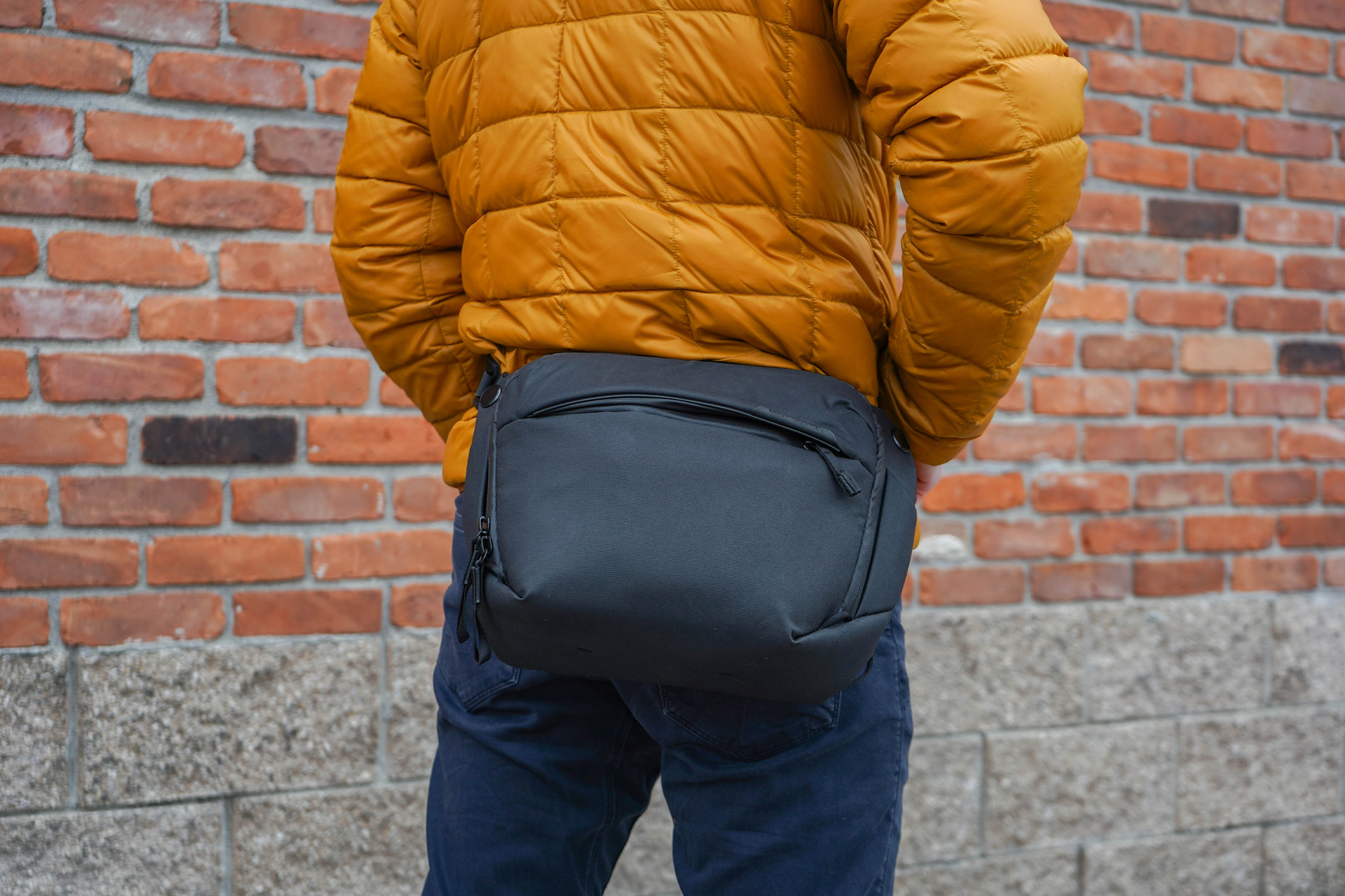 Peak Design Everyday Sling 6L V2 Waist Carry