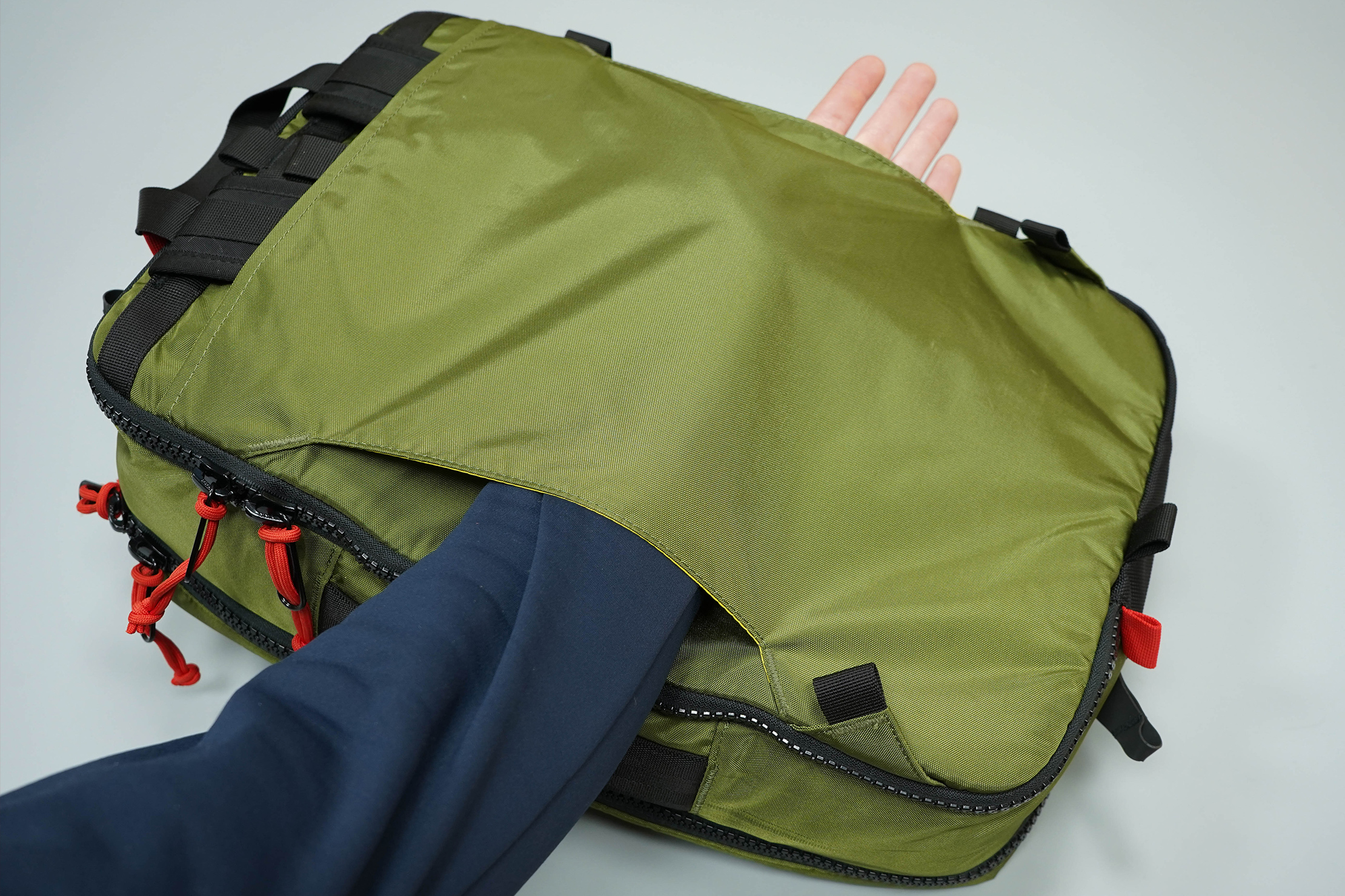Topo Designs Global Briefcase 3-Day Luggage Passthrough