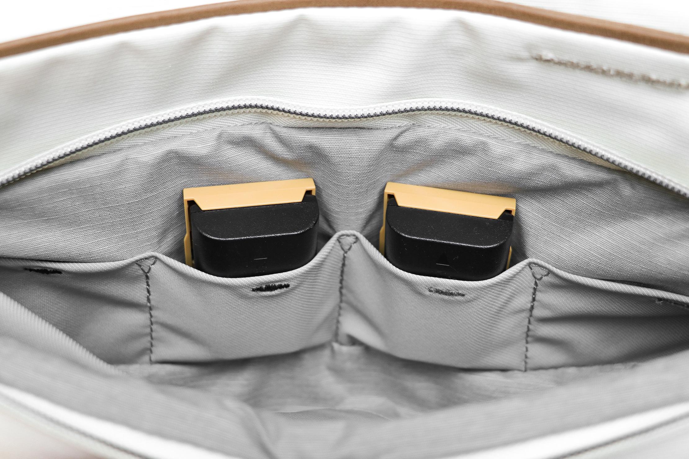 Peak Design Everyday Tote 15L V2 Colored Tabs On Pockets