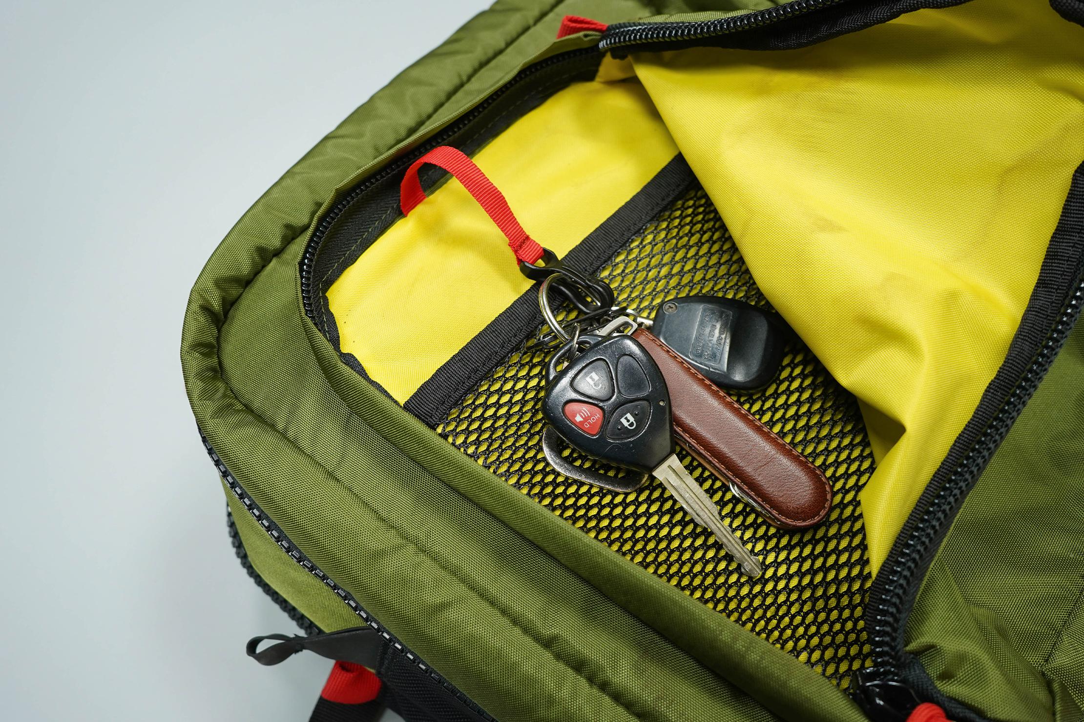 Topo Designs Global Briefcase 3-Day Key Clip