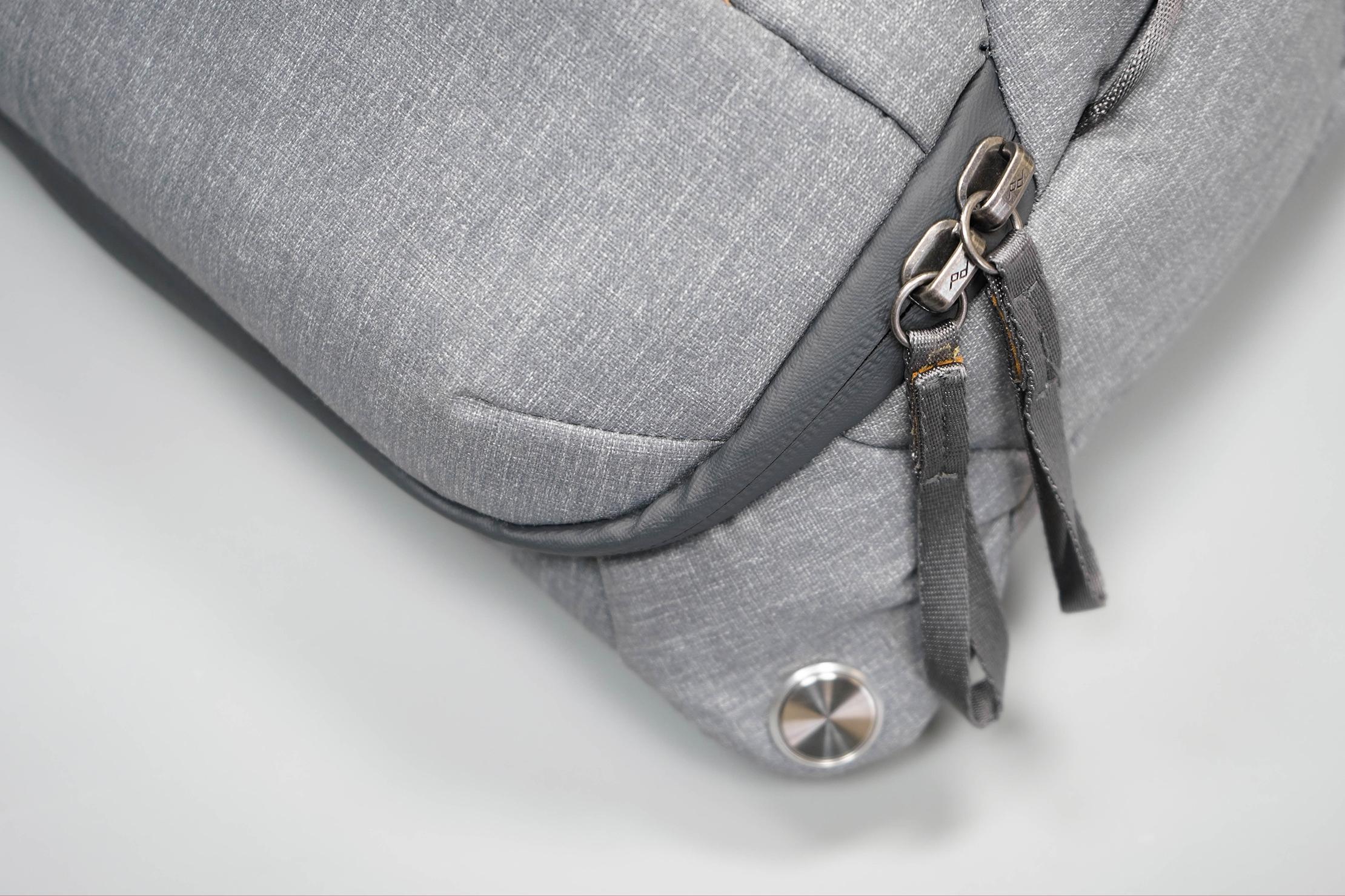 Peak Design Everyday Sling 10L V2 Zippers