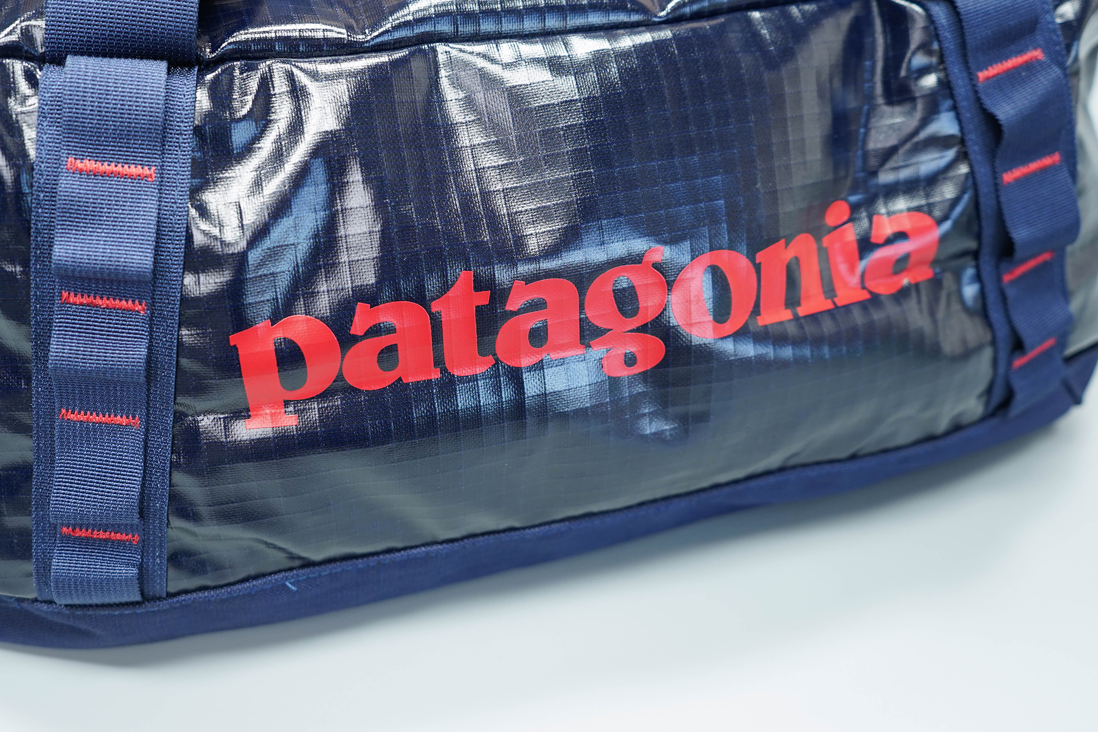Patagonia Black Hole Duffel Bag 40L Logo