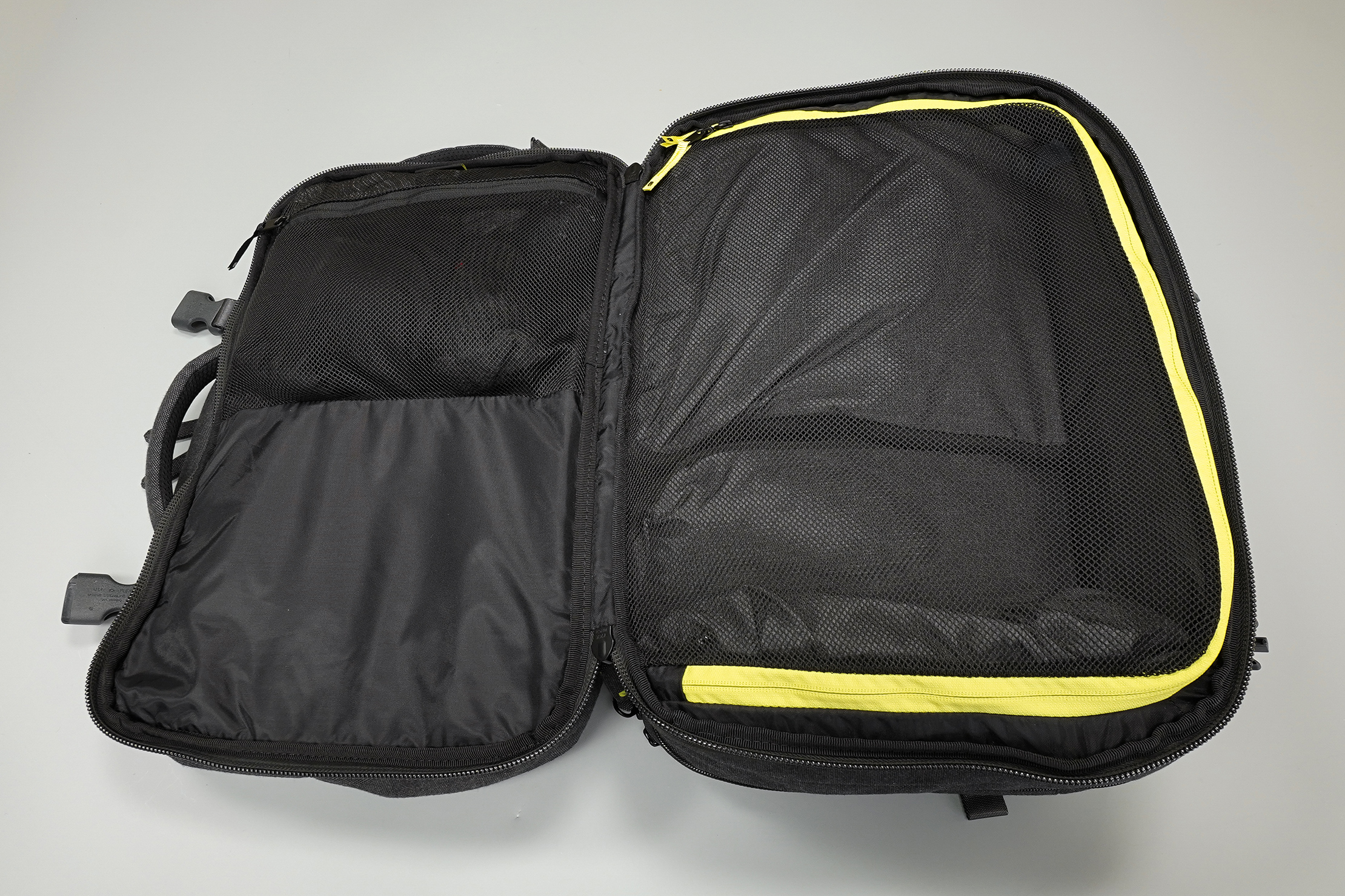 Incase EO Travel Backpack Main Compartment Clamshell Opening