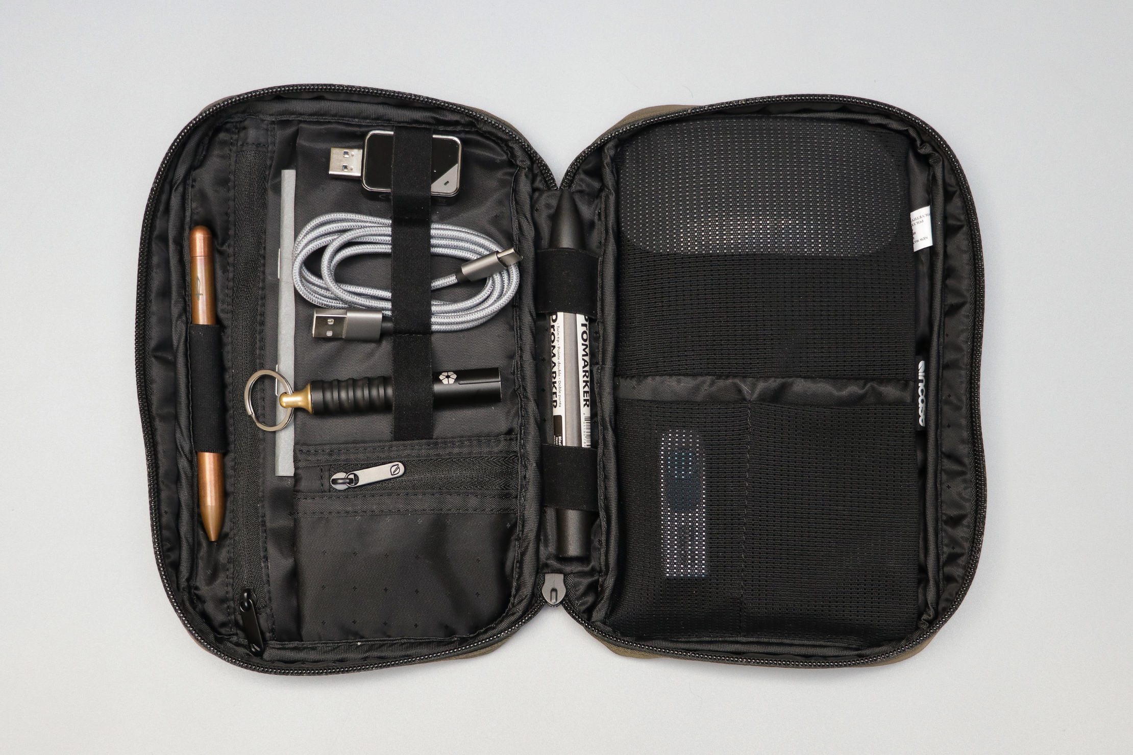 Incase Nylon Accessory Organizer Clamshell Open