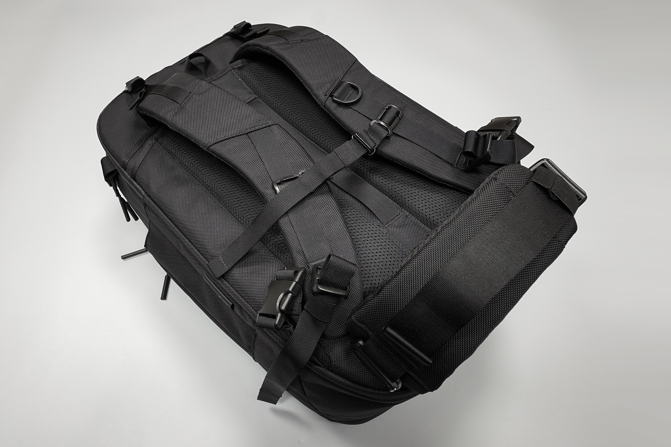 Aer Capsule Pack Max Back Panel and Harness System