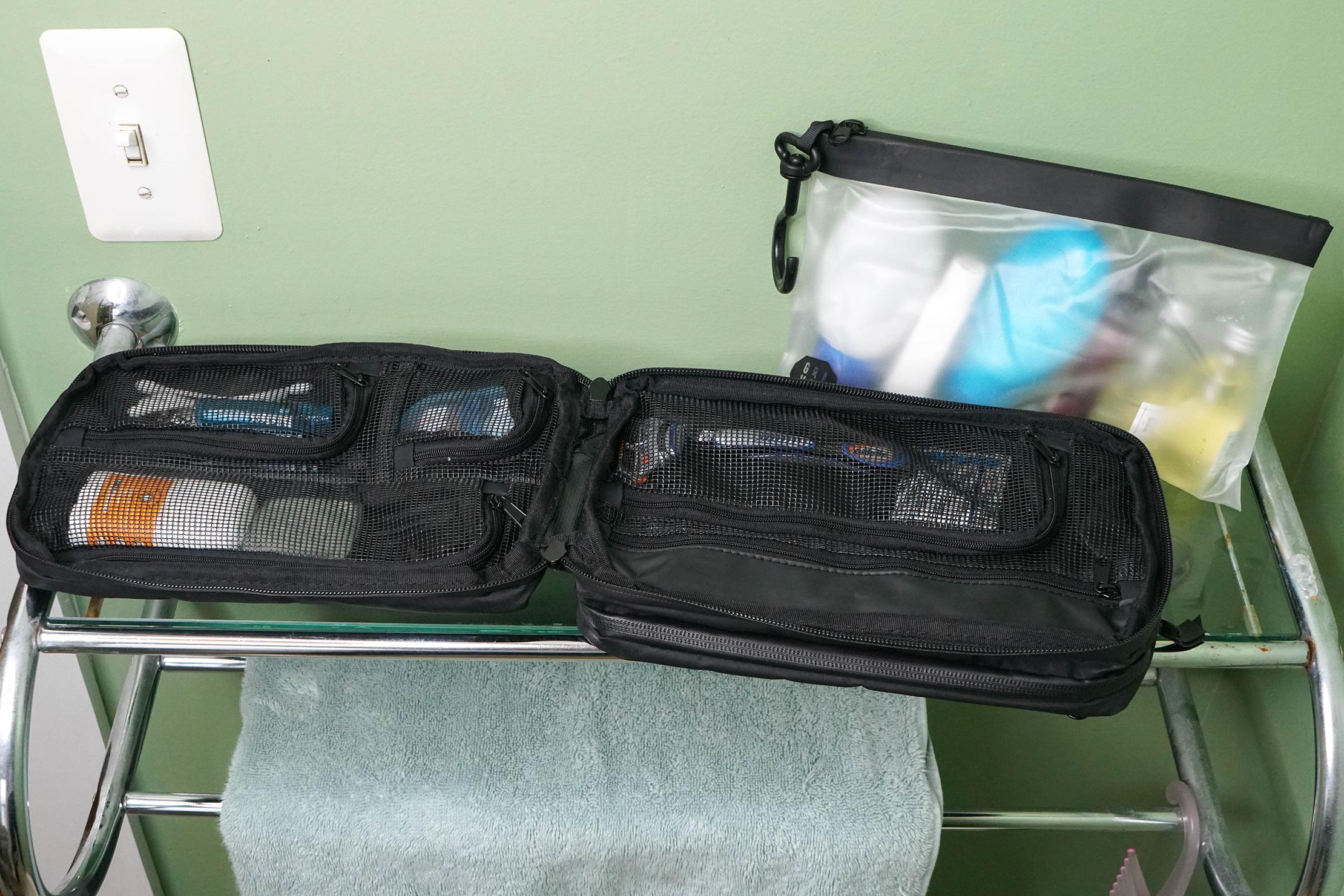Gravel Explorer Plus Toiletry Bag In Ferndale